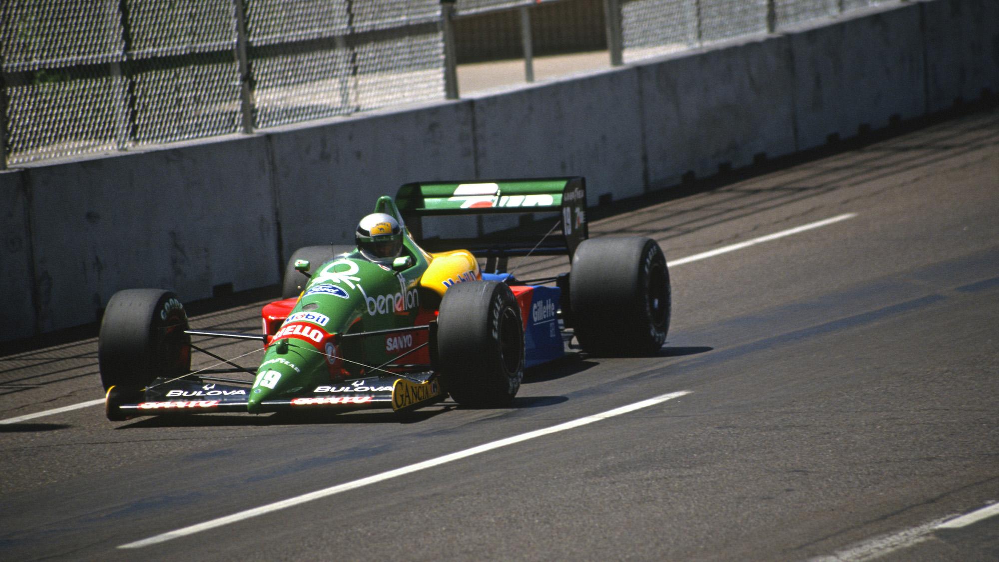 Benetton of Alessandro Nannini in the 1989 US Grand Prix