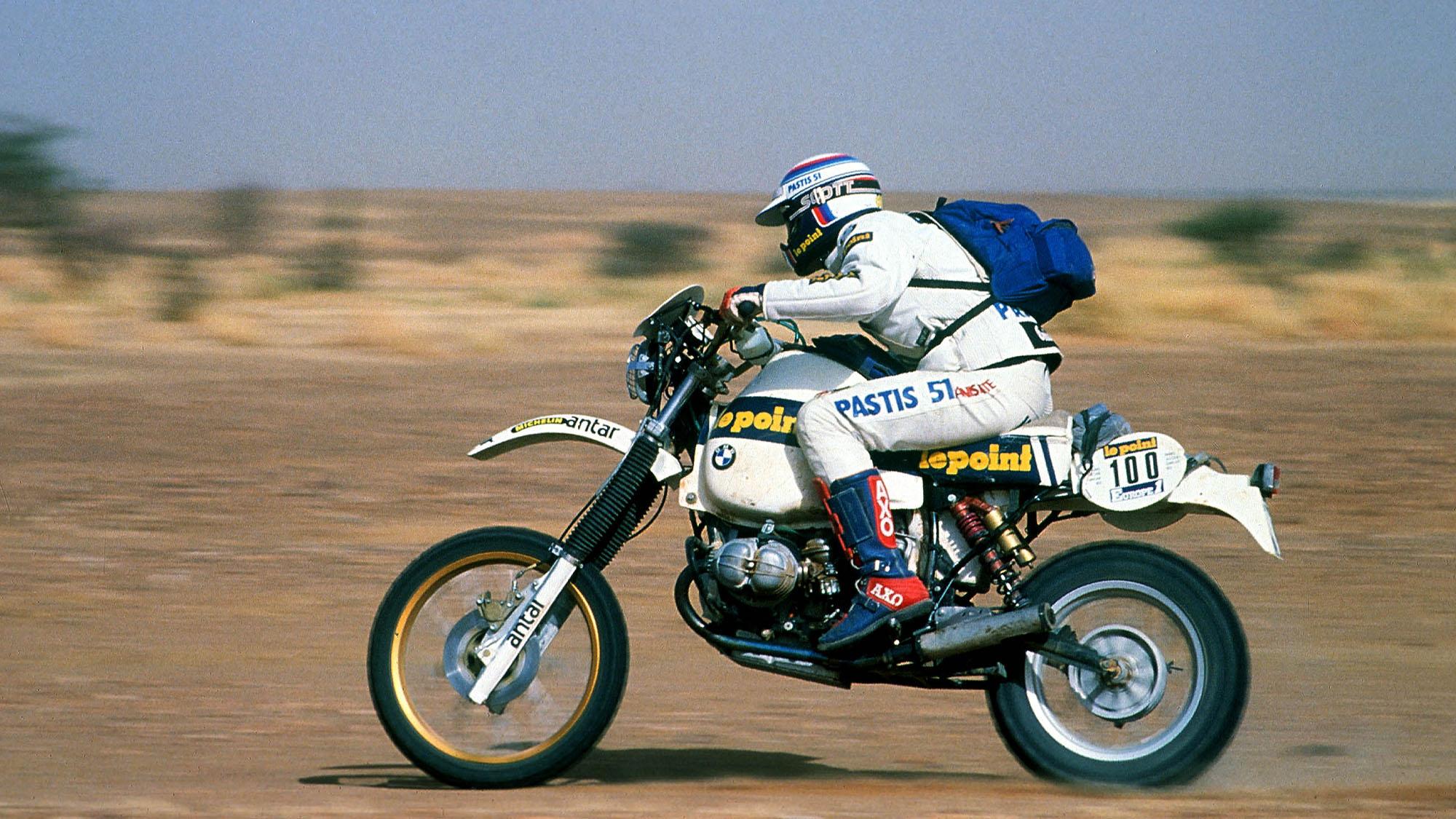 AUTO - OFF ROAD RALLY 1983 - PARIS ALGER DAKAR - N ° 100 - HUBERT AURIOL (FRA) / BMW - WINNER - ACTION- PHOTO: DPPI