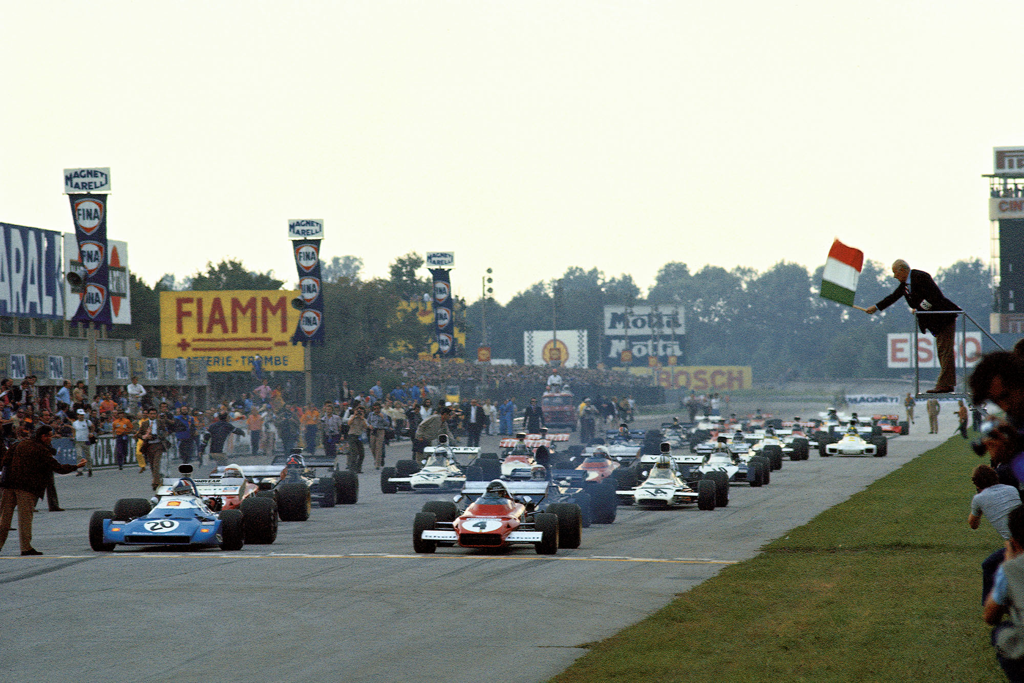 The 1972 Italian Grand Prix gets underway as the cars leave the gird, Monza.