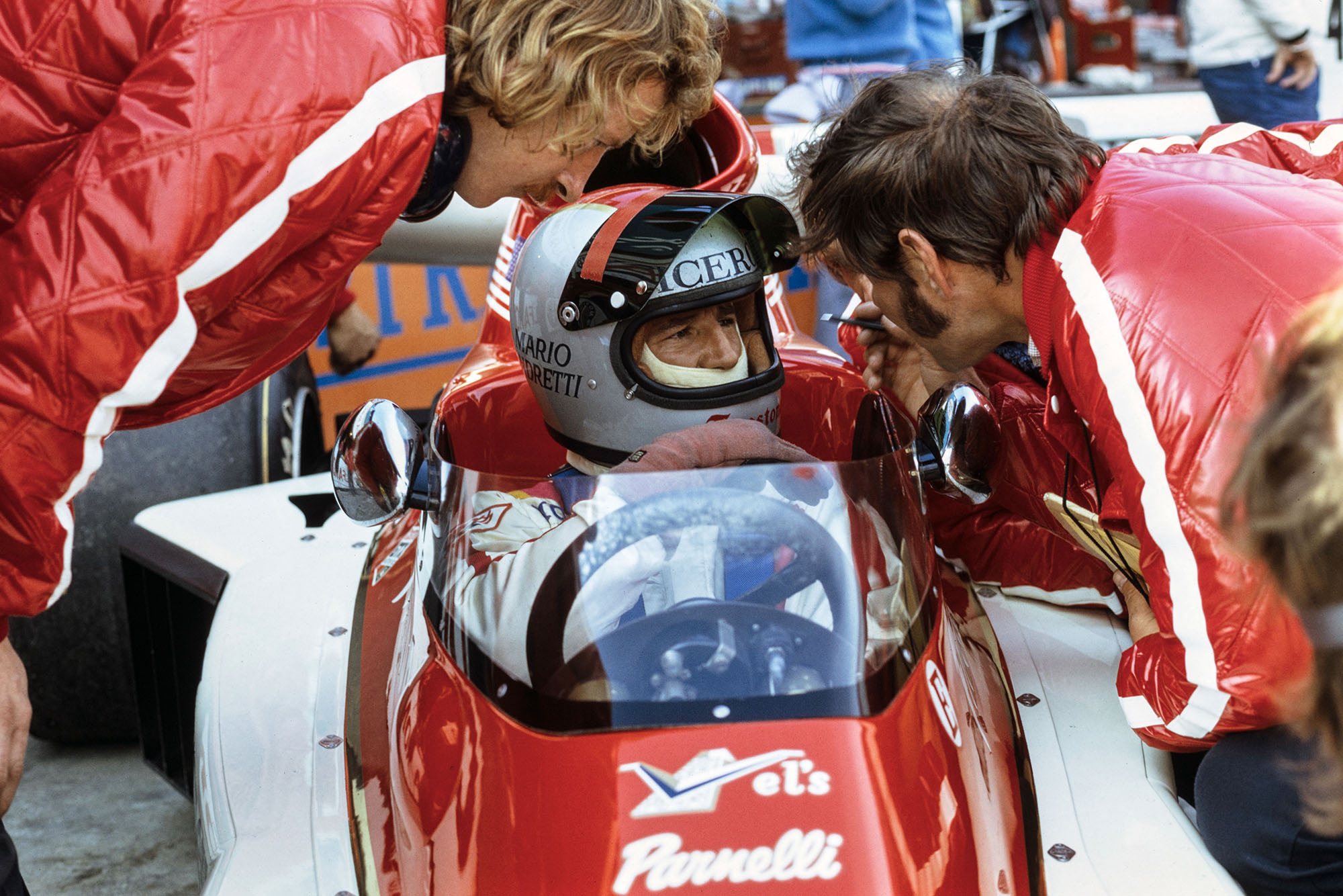 Mario Andretti sits in his Parnelli before the 1974 Canadian Grand Prix, Mosport.