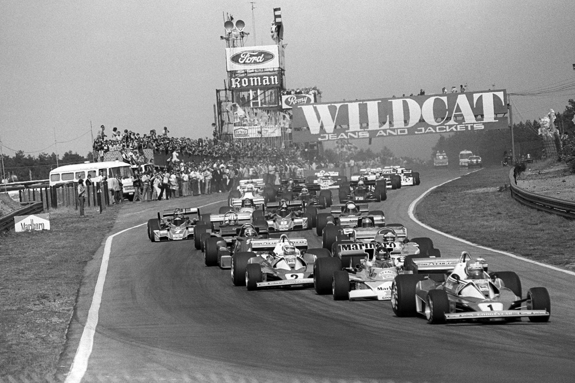 The field heads into Turn 1, 1976 Belgian Grand Prix, Zolder.