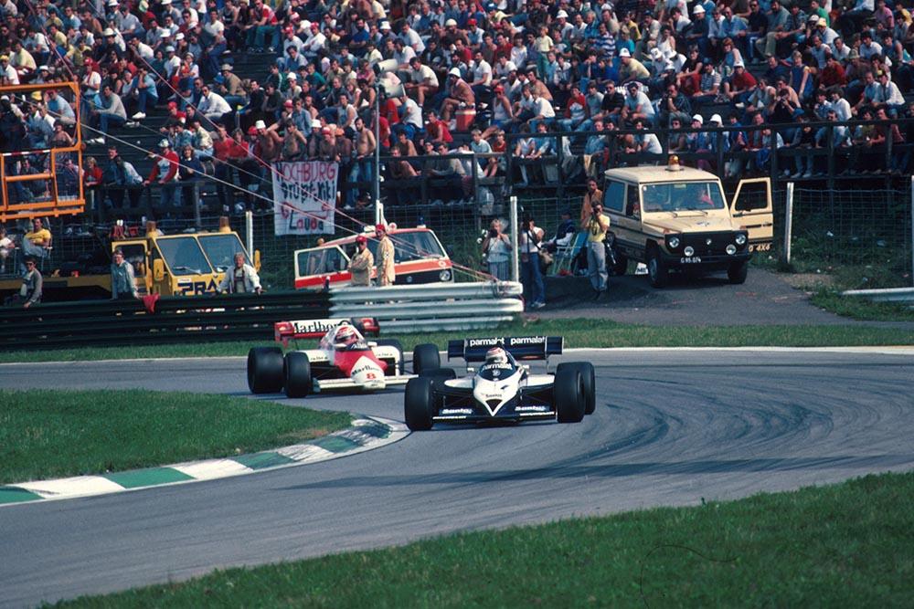 The Brabham of Nelson Piquet leads the McLaren of Niki Lauda.