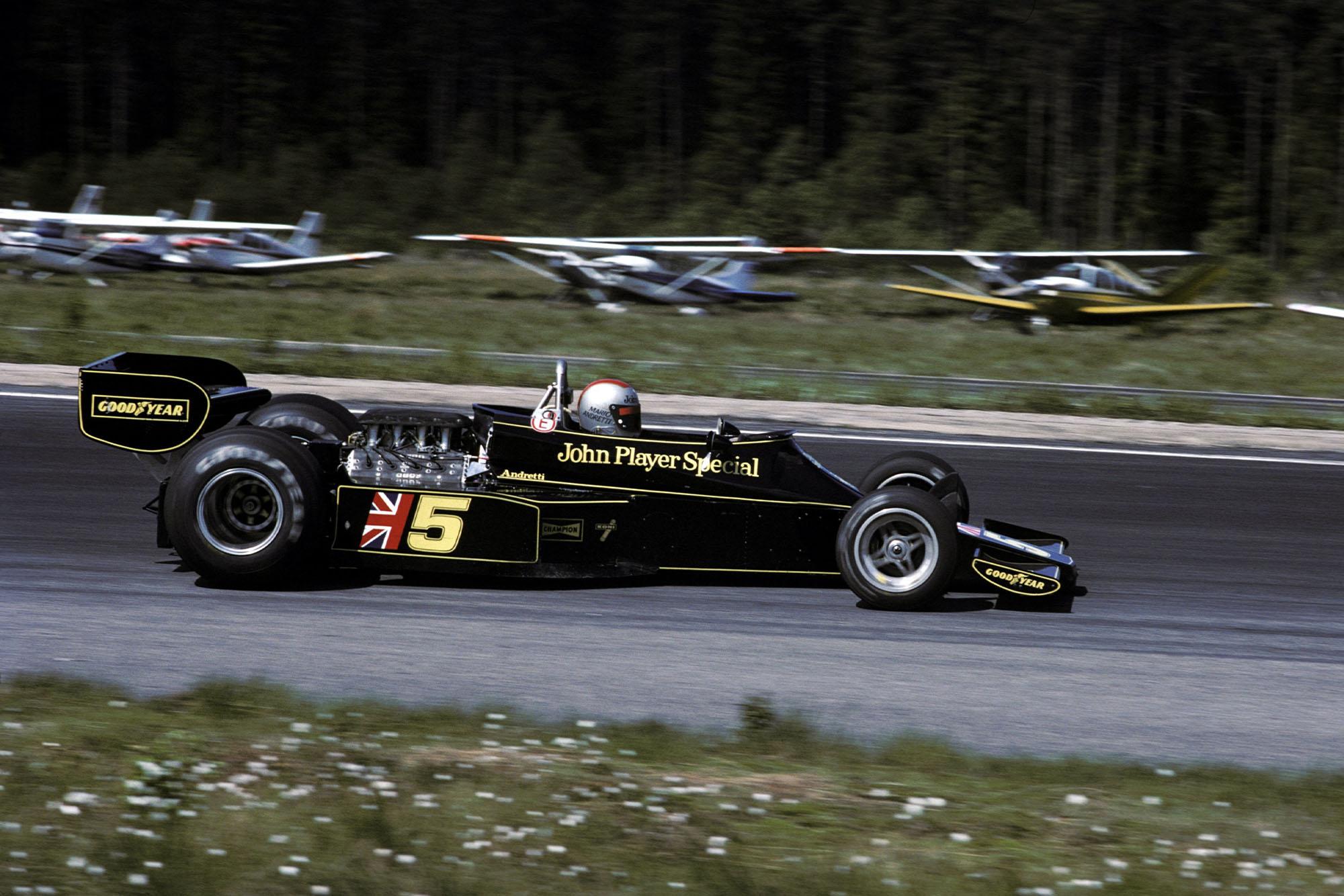 Mario Andretti (Lotus) at the 1976 Swedish Grand Prix, Anderstorp.