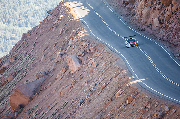 Extreme feats in motor sport