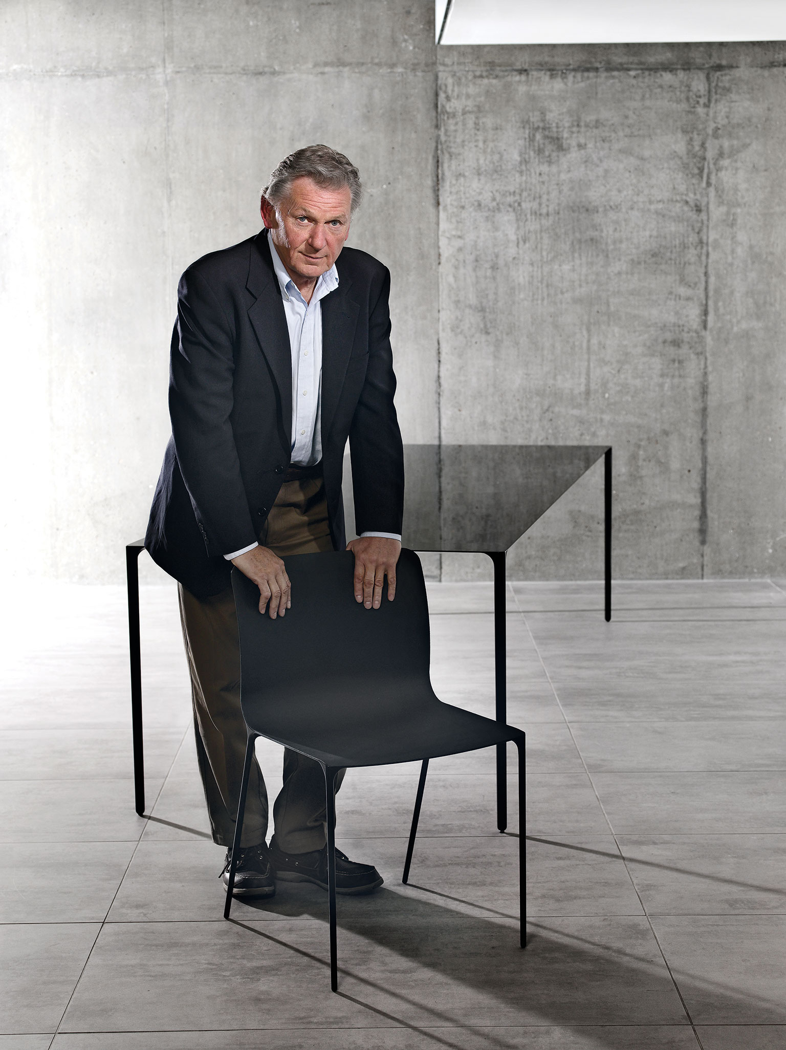 John-Barnard-carbon-table