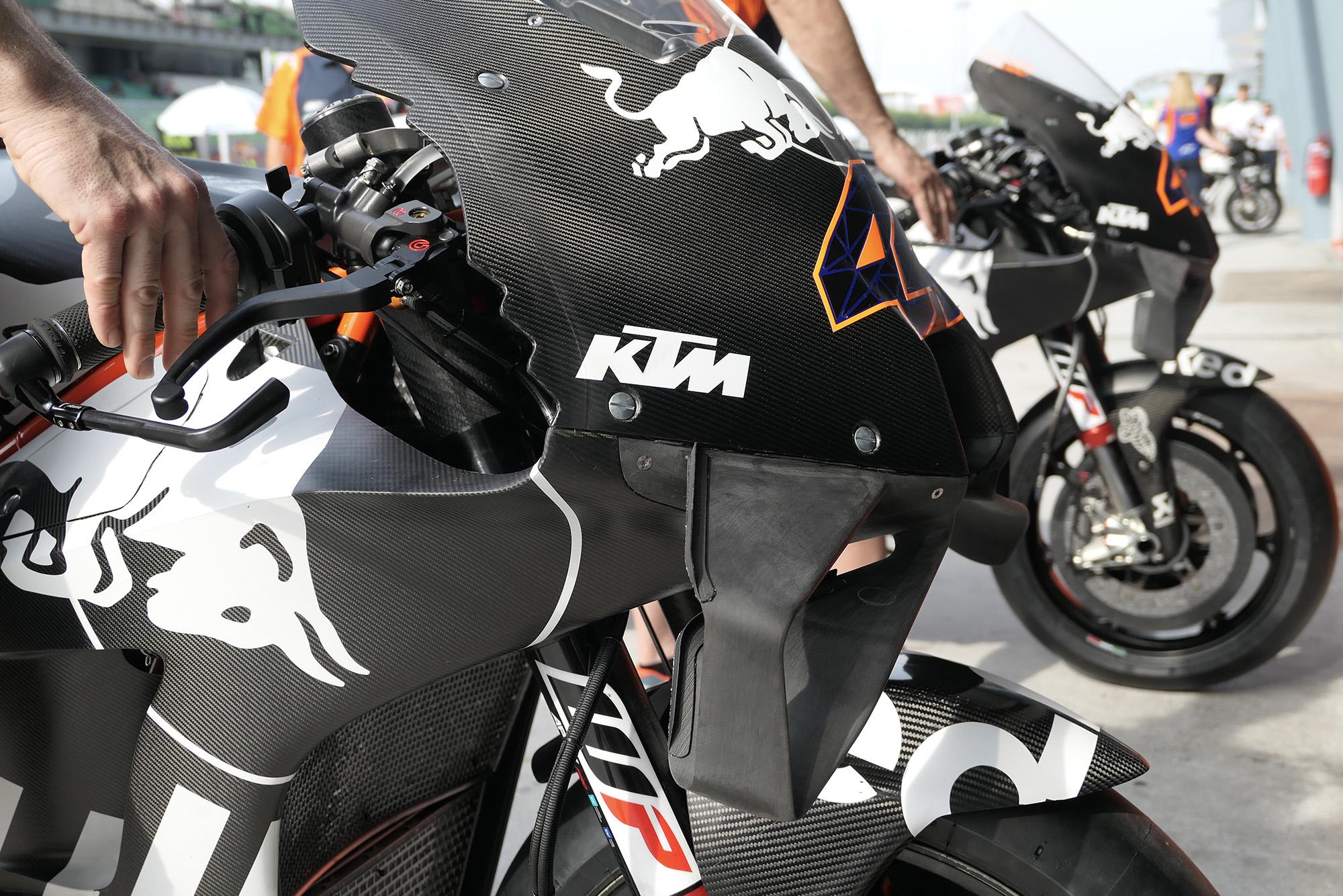 Front detail of Pol Esparagaro's KTM in 2020 MotoGP Sepanf testing