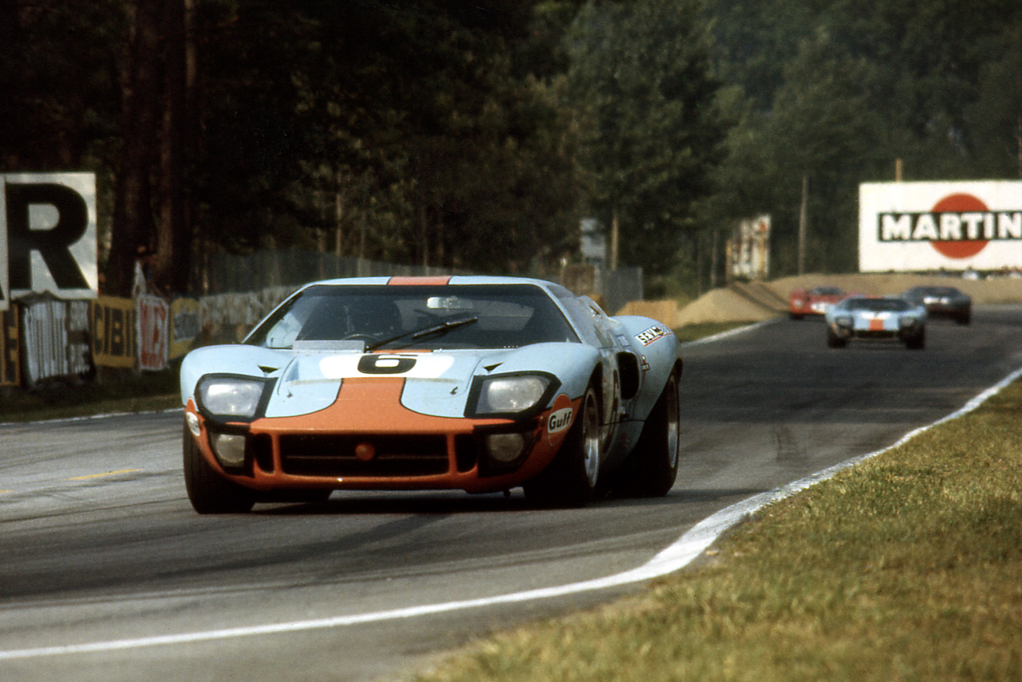Jacky Ickx Jackie Oliver Ford GT40 on its way to victory in the 1969 Le Mans 24 Hours
