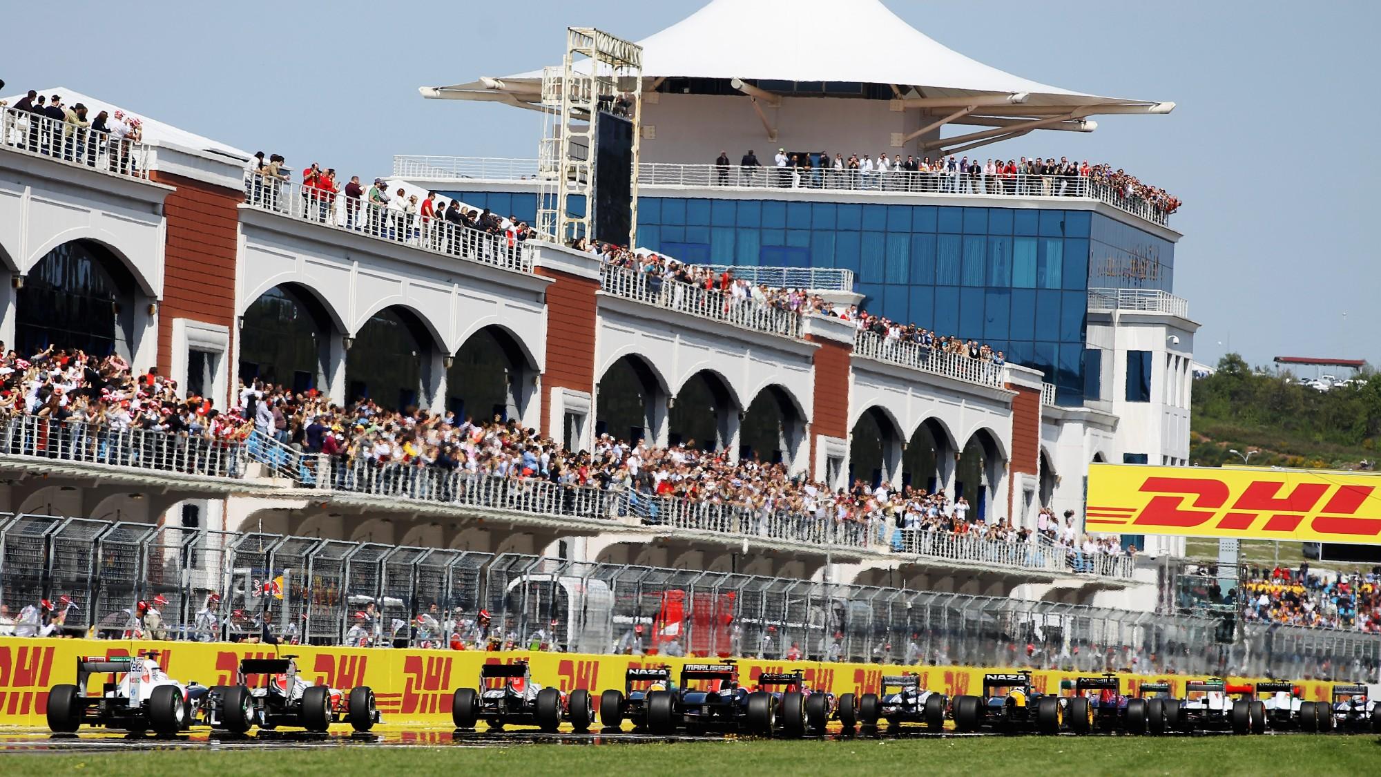 Start of 2011 Turkish grand Prix