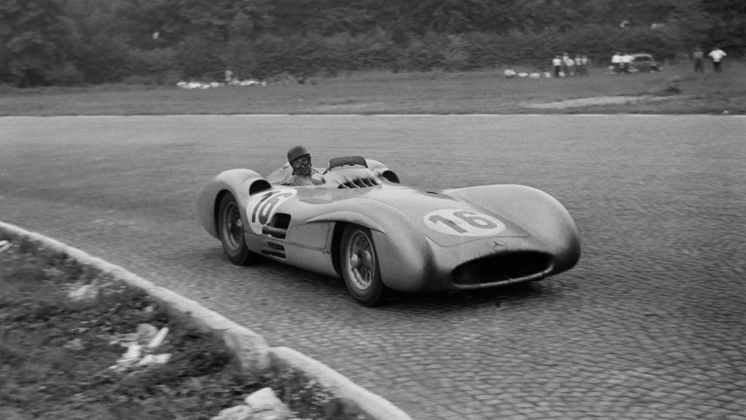 Juan Manuel Fangio, Mercedes W196 during the Italian GP at Autodromo Nazionale Monza on September 05, 1954