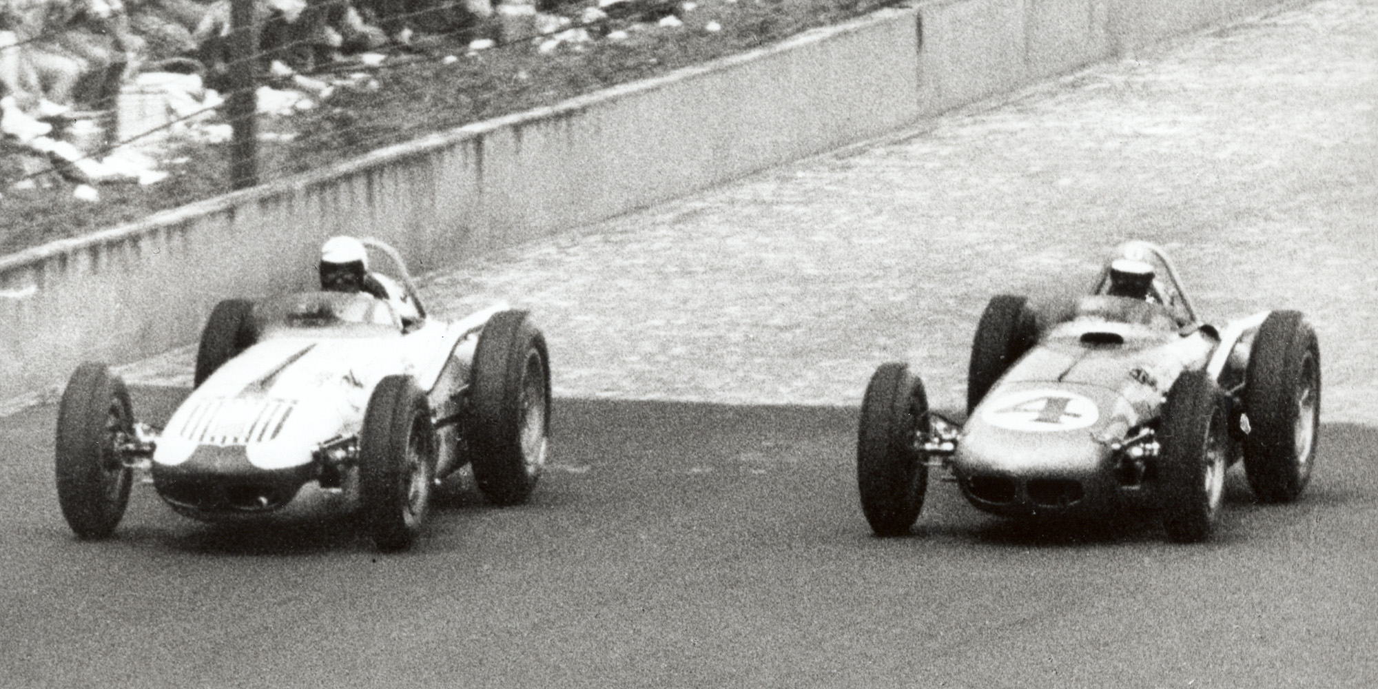 Jim Rathmann and Rodger Ward almost side by side during the 1960 Indy 500