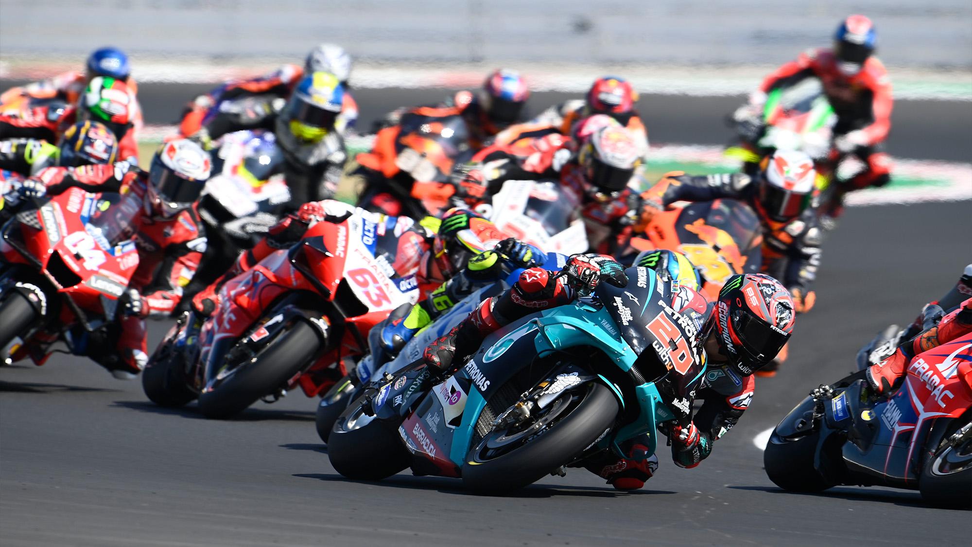 Fabio Quartararo fighting during the 2020 MotoGP San Marino Grand Prix at Misano