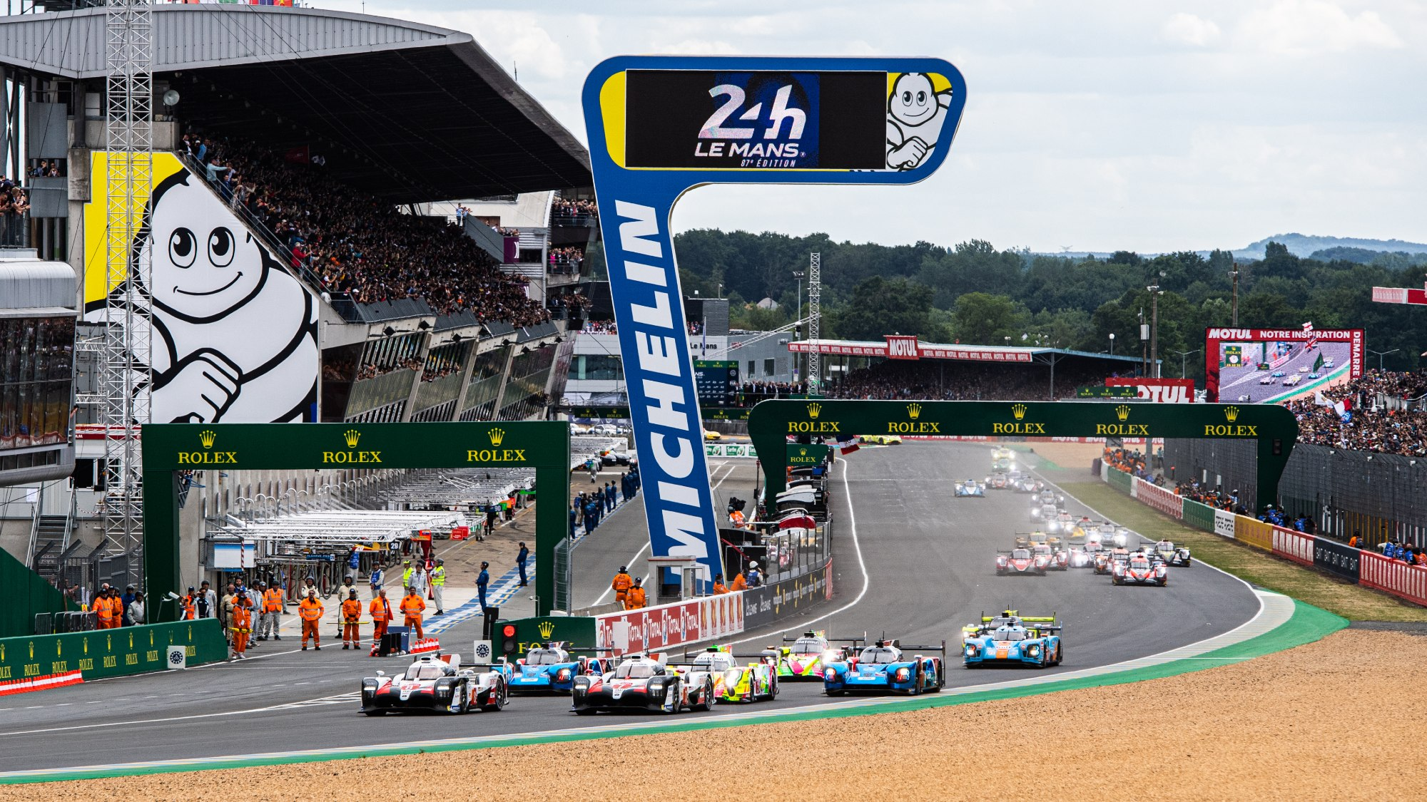 Start of 2019 Le Mans 24 Hours