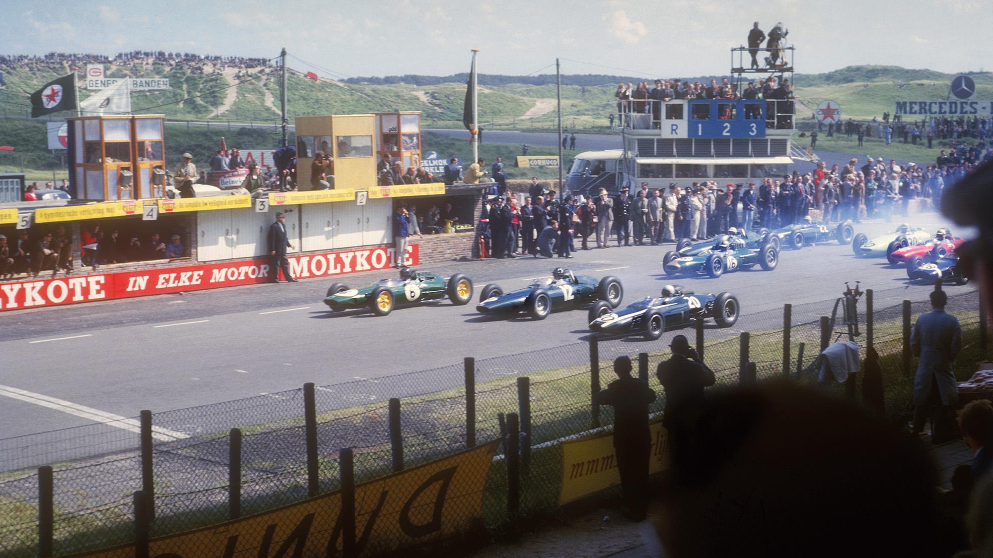Start of the 1963 Dutch Grand Prix at Zandvoort