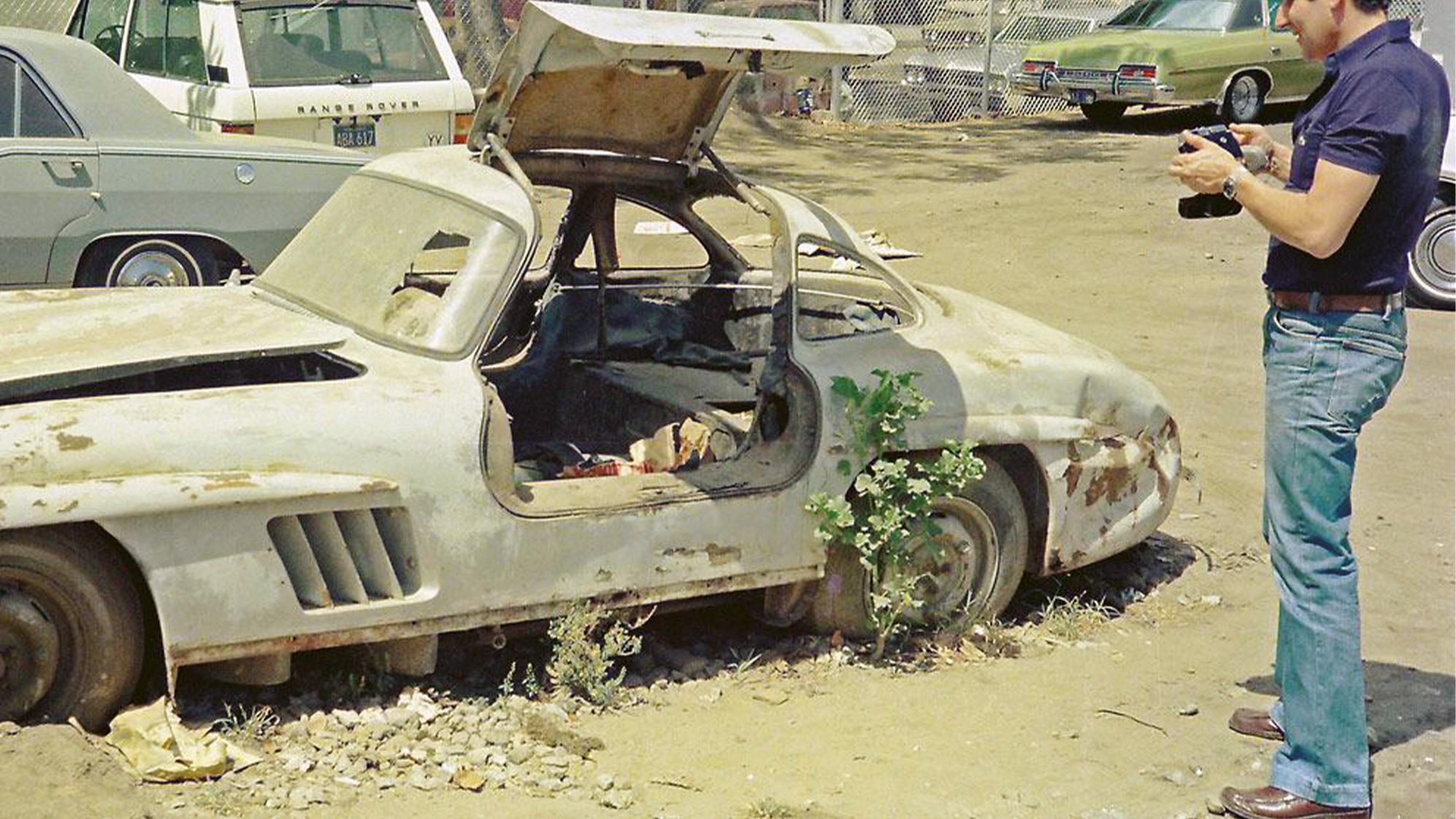 Mercedes Gullwing in scrapyard