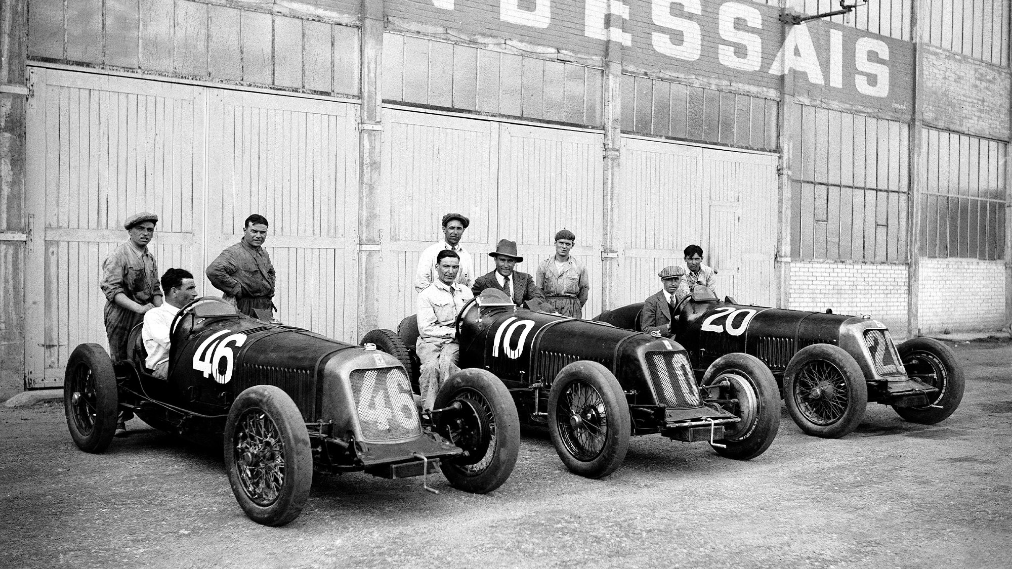 Maserati team before the 1931 French Grand Prix at Montlhery with Clement Biondetti, Luigi Parenti, Luigi Fagioli, Ernesto Maserati and René Dreyfus, Pietro Ghersi