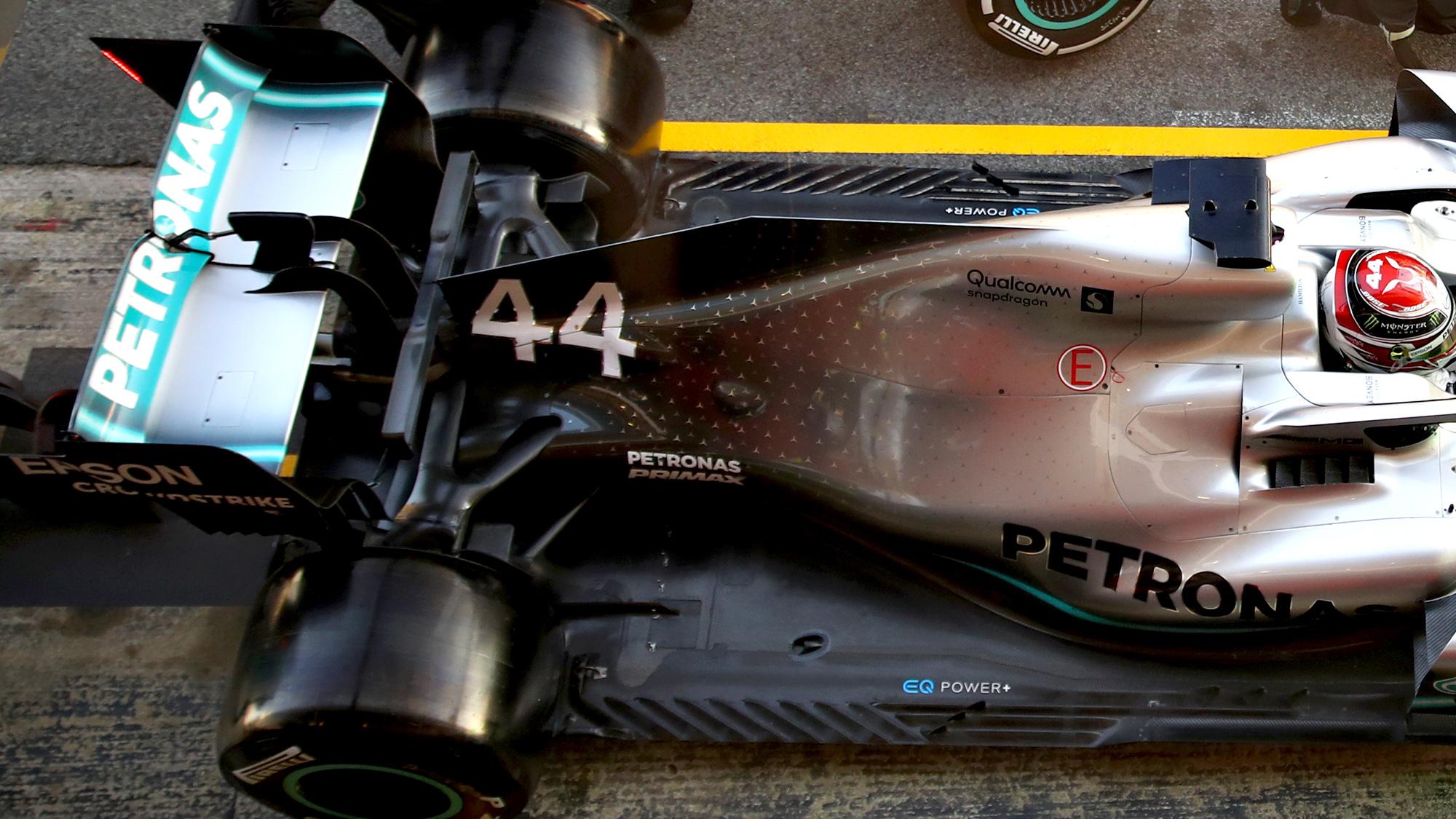 Mercedes 2019 pitstop rear