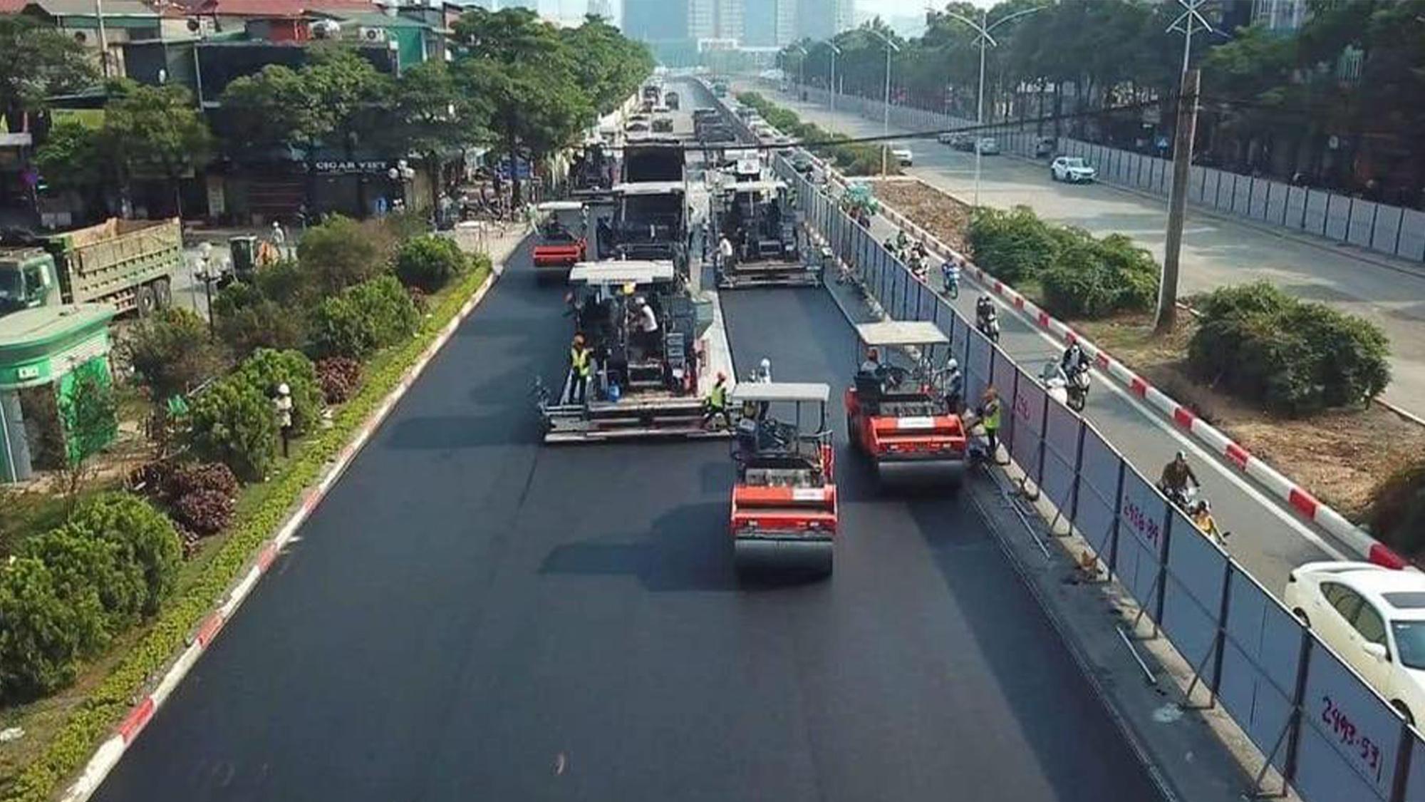 Resurfacing work on the Hanoi Street Circuit