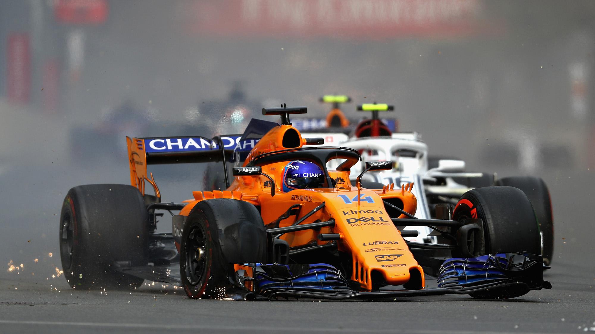 Fernando Alonso drives his punctured McLaren in the 2018 Azerbaijan Grand Prix in Baku