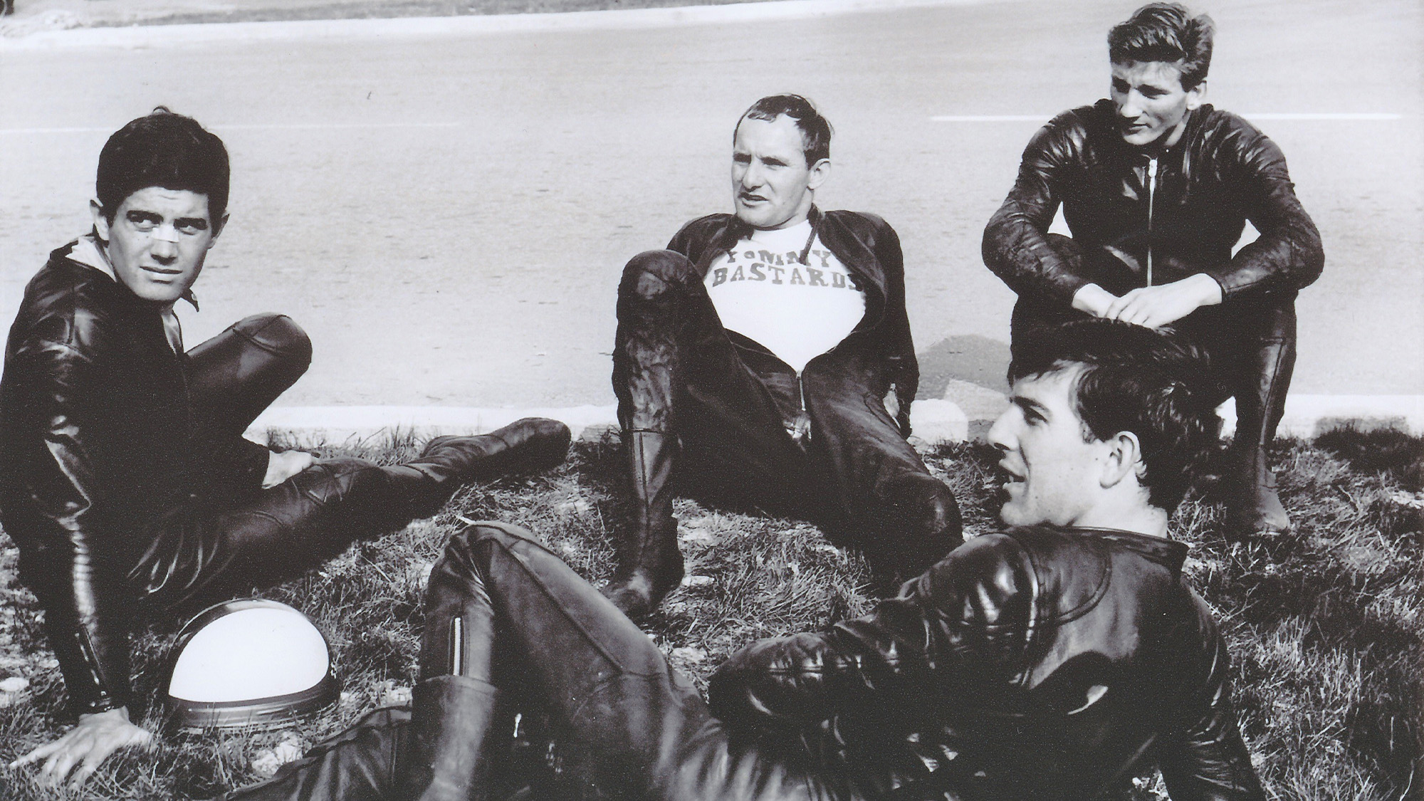 Mike Hailwood with Agostini Read and Ivy