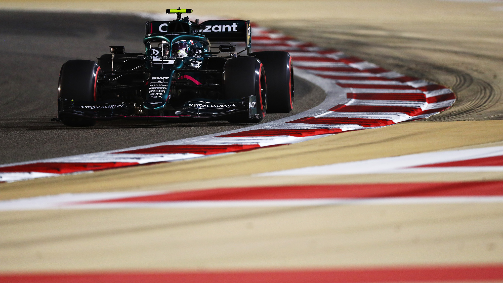 Sebastian Vettel in qualifying for the 2021 Bahrain Grand prix