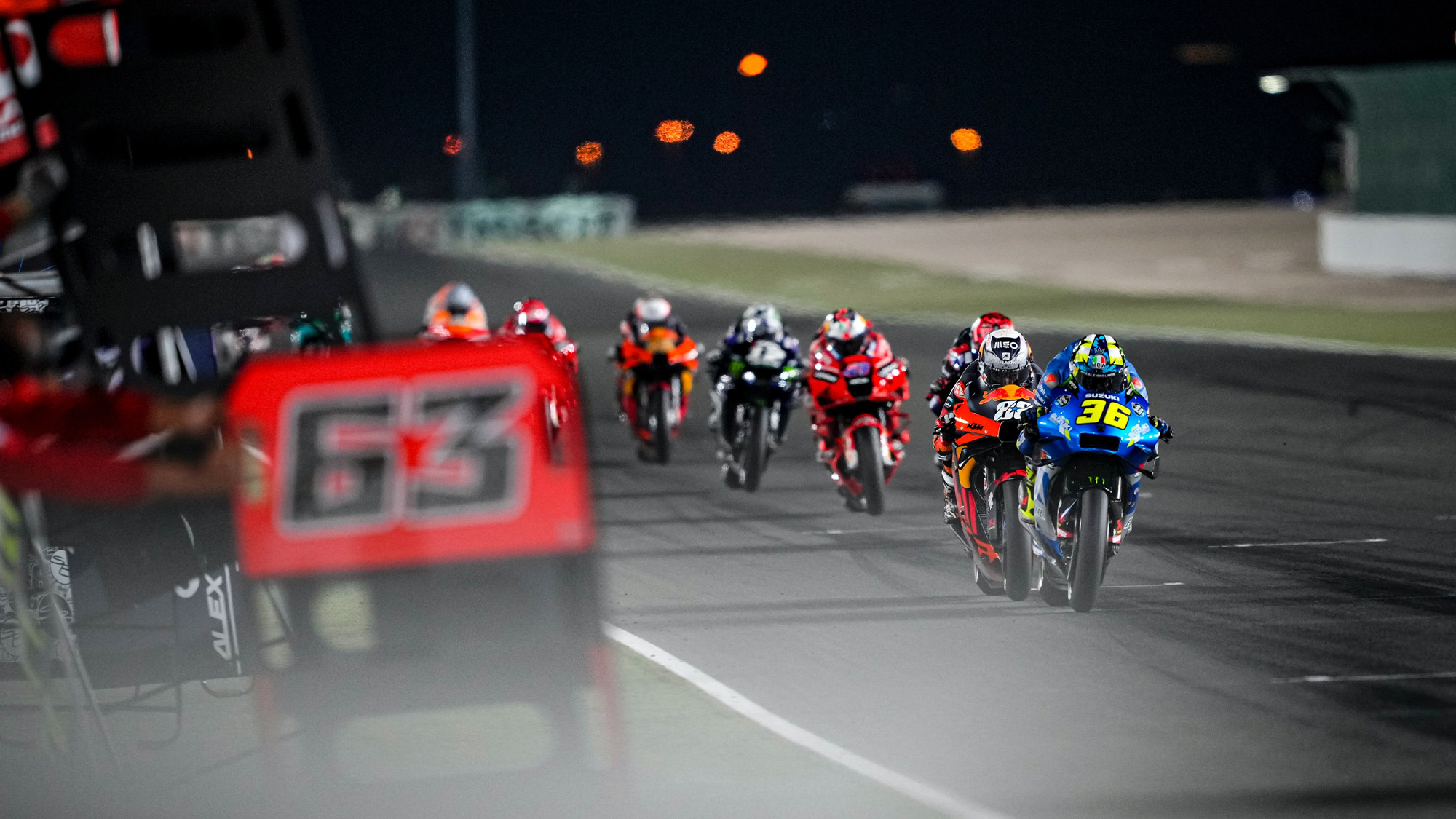 Slipstreaming in Doha during the 2021 MotoGP race