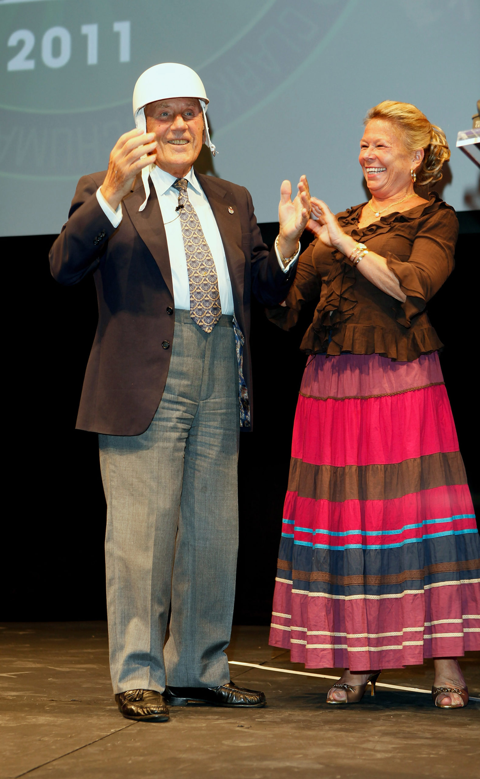 Stirling-and-Susie-Moss-at-the-Motor-Sport-Hall-of-Fame-2011-awards