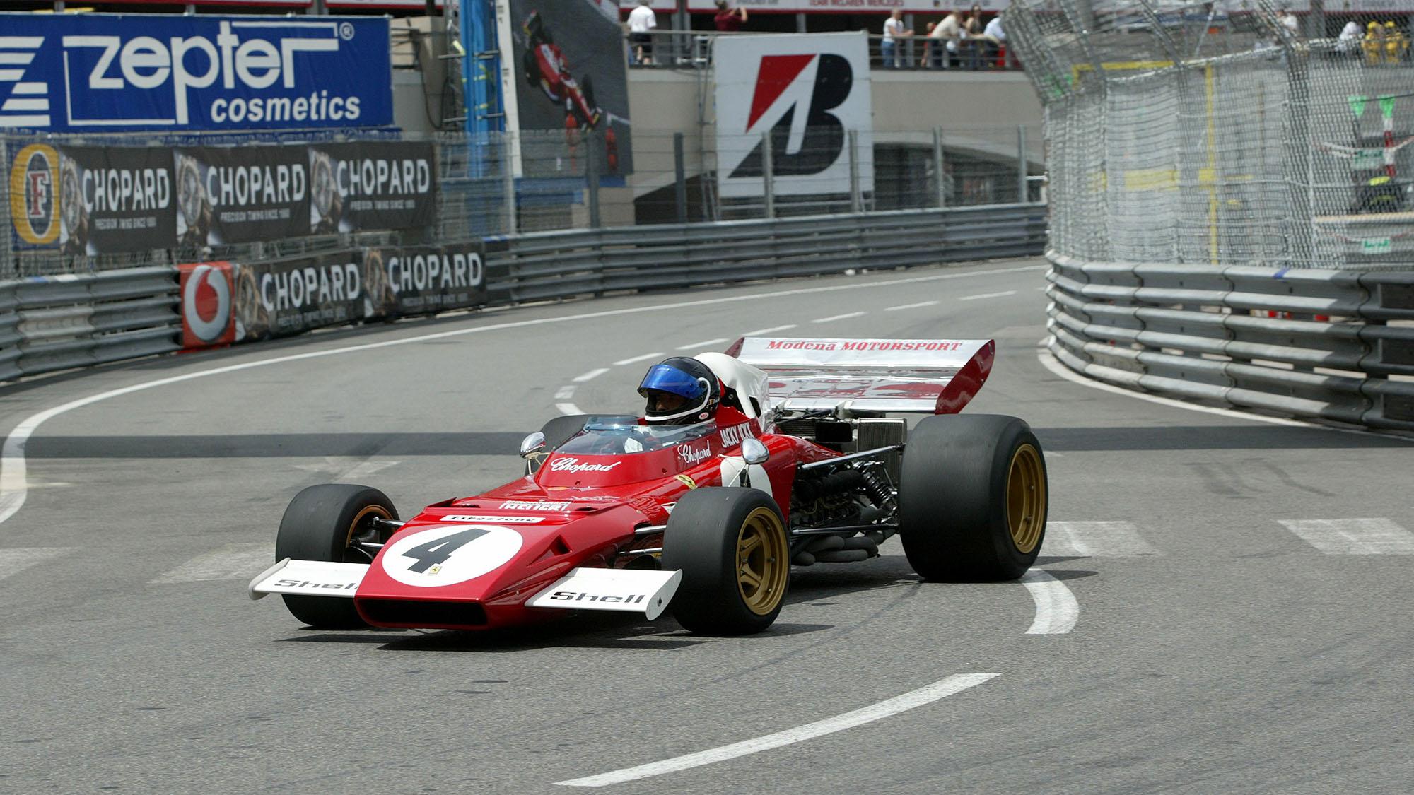 Ferrari real lead