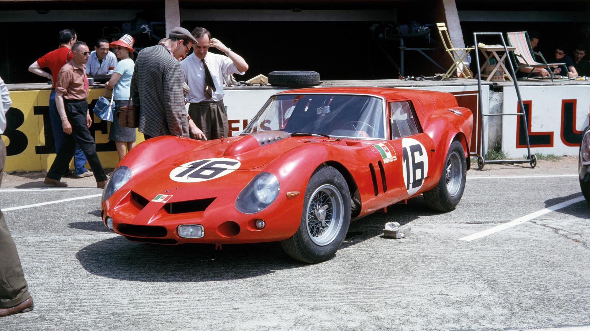Ferrari 250 GTO breadvan at Le Mans in 1962