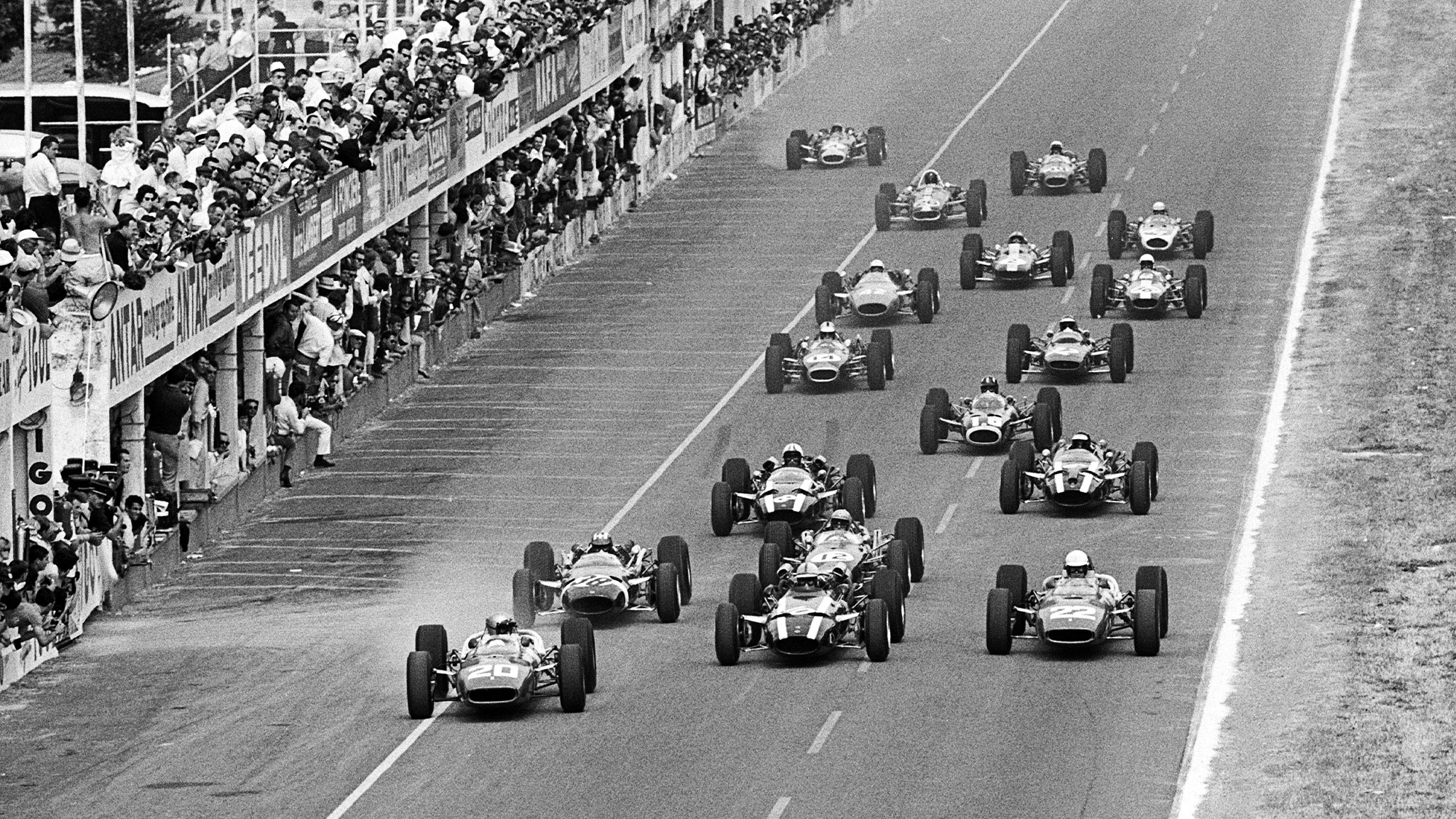 Start of the 1966 French Grand Prix at Reims
