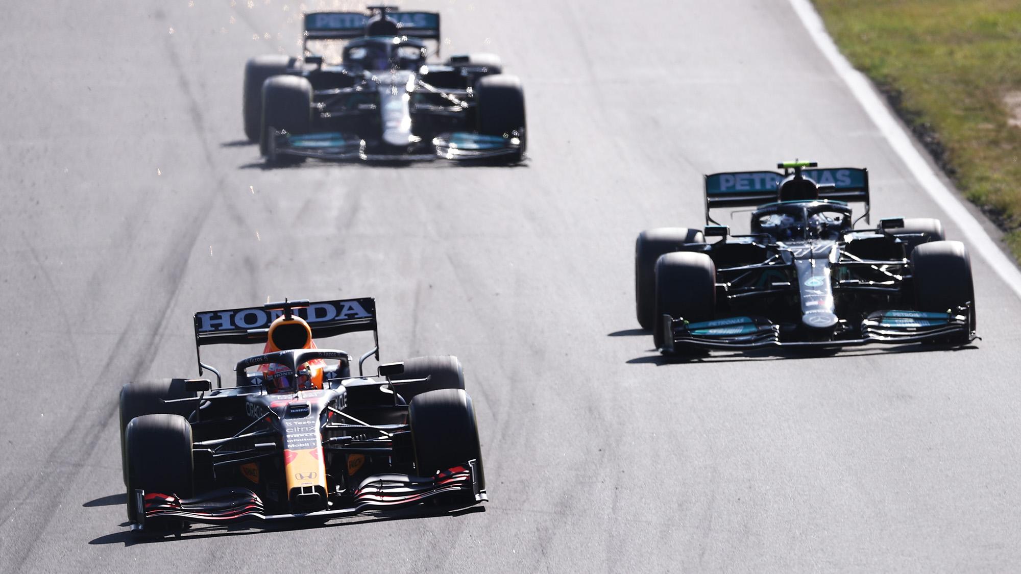 Max Verstappen passes Valtteri Bottas in the 2021 Dutch Grand Prix