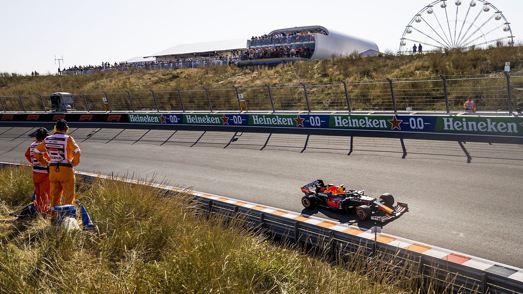 ZANDVOORT - Max Verstappen (Red Bull Racing) during the Dutch Grand Prix at the Zandvoort circuit. REMKO DE WAAL (Photo by ANP Sport via Getty Images)