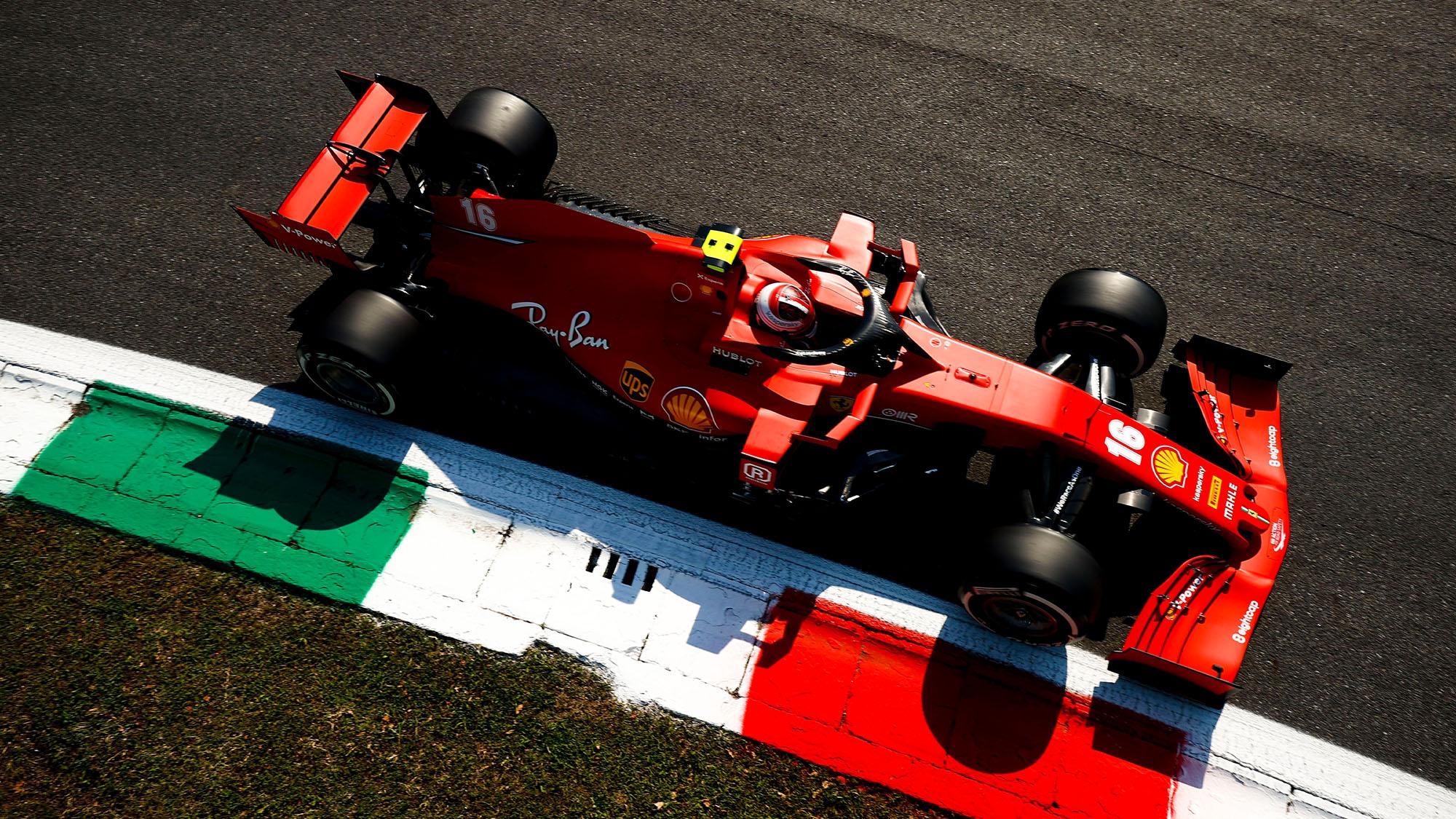 Leclerc lead