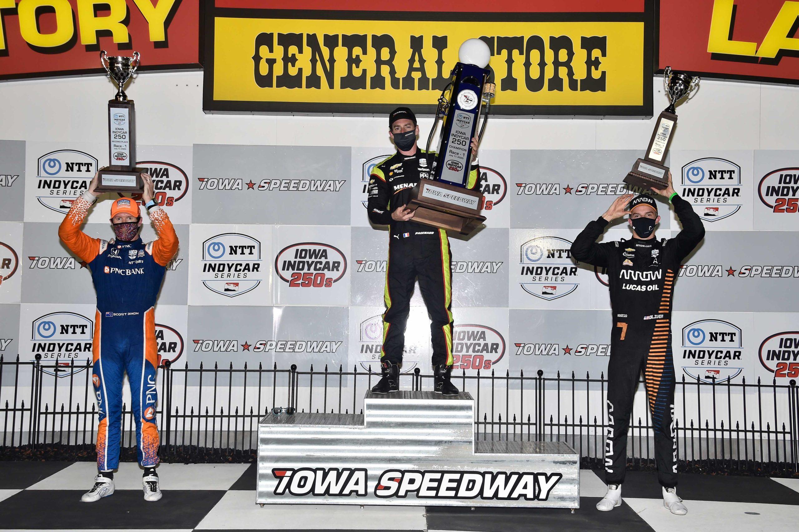 2021 Iowa IndyCar podium