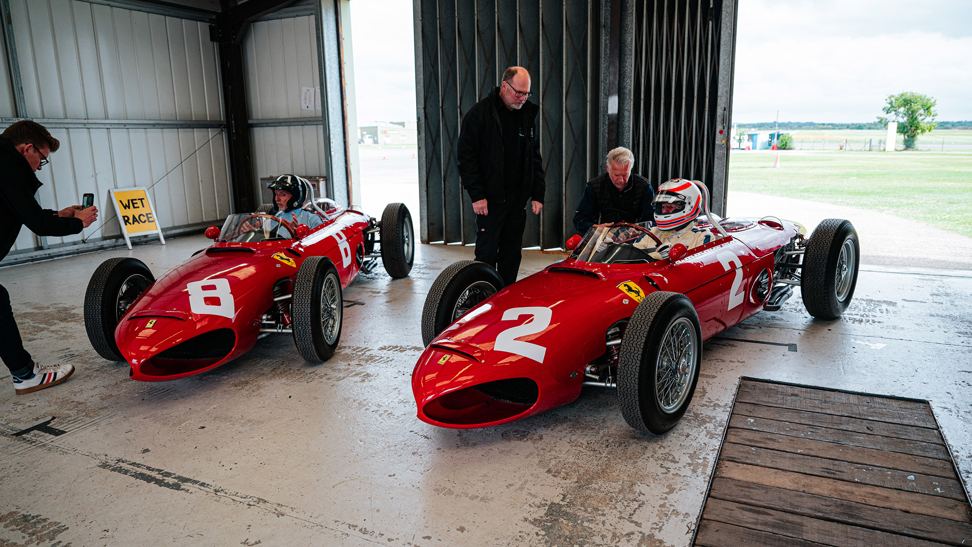 Damon Hill and Martin Brundle with Ferrari Sharknoses in Thruxton pit