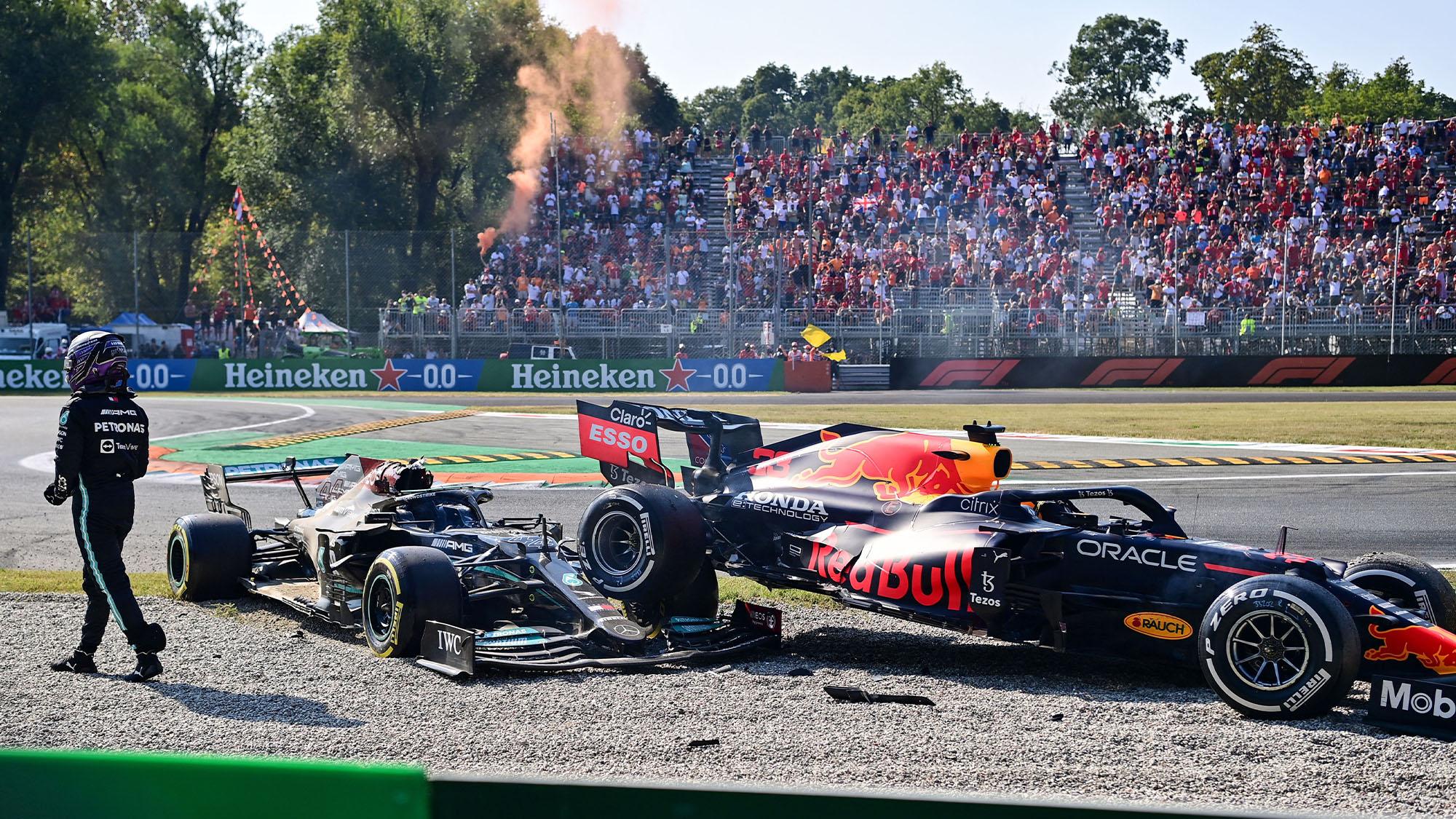 Lewis Hamiltopn walks away from Monza 2021 crash