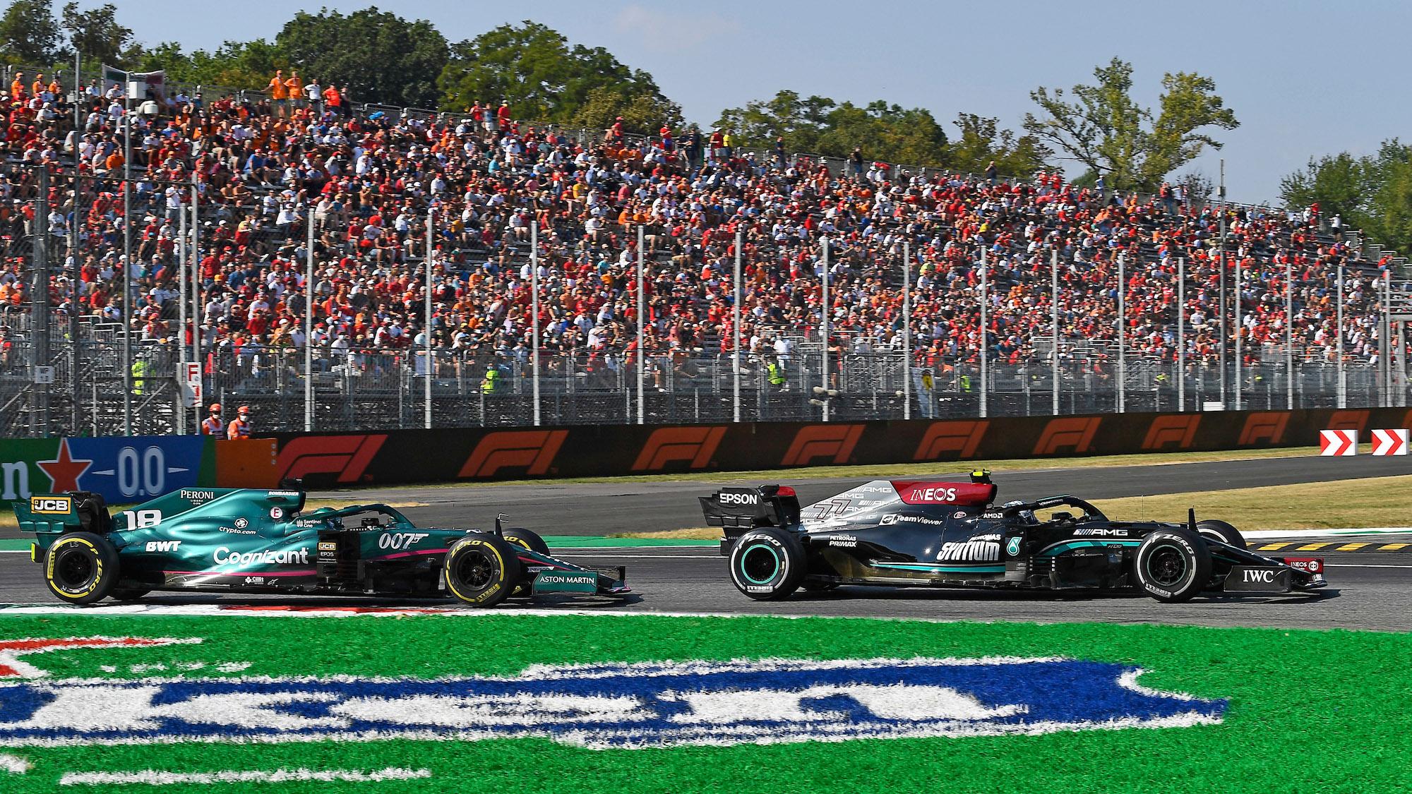 Lance Stroll behind Valtteri Bottas at the 2021 Italian Grand Prix