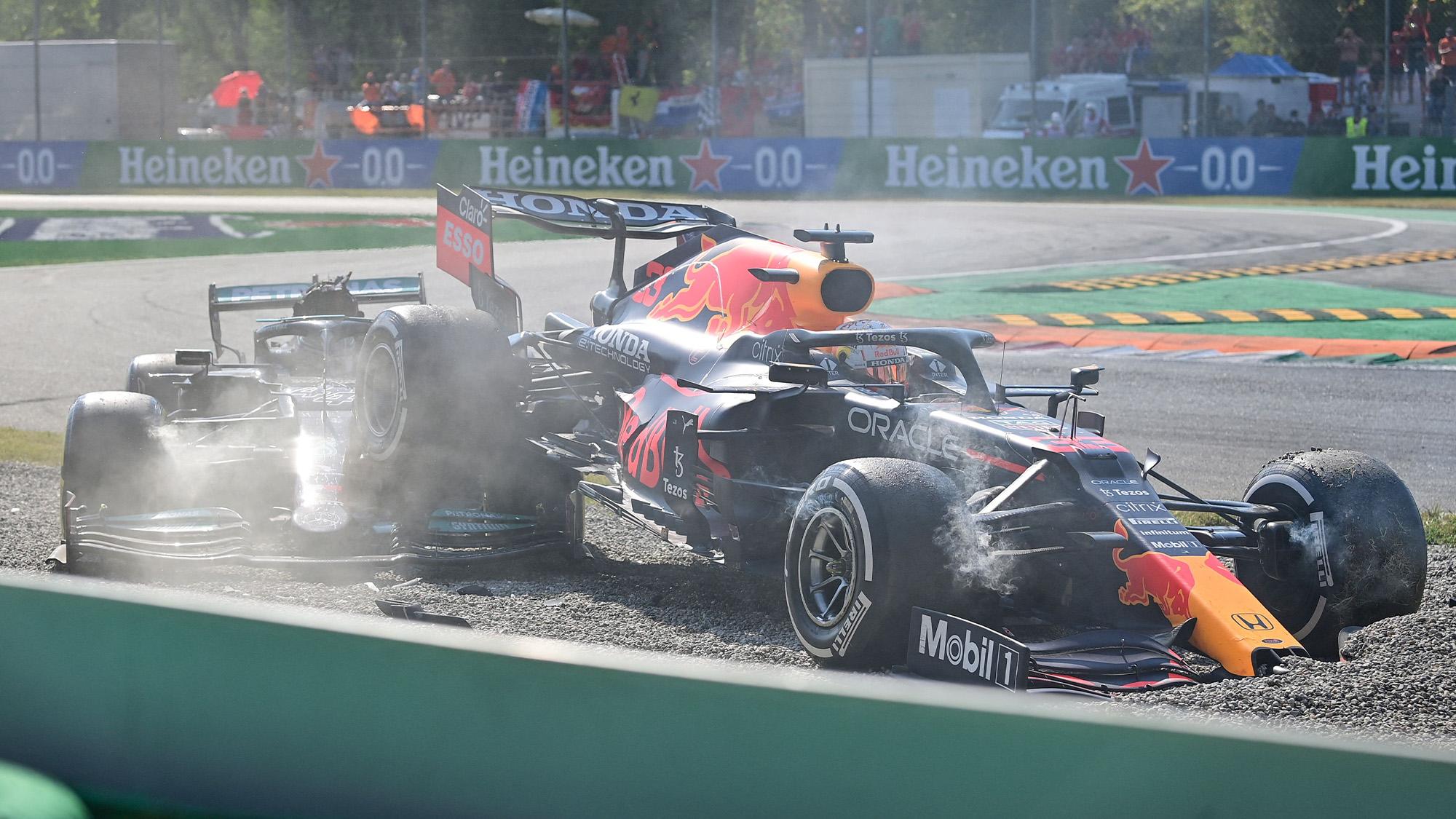 Lewis Hamilton and Max Verstappen crash at the 2021 Italian Grand Prix