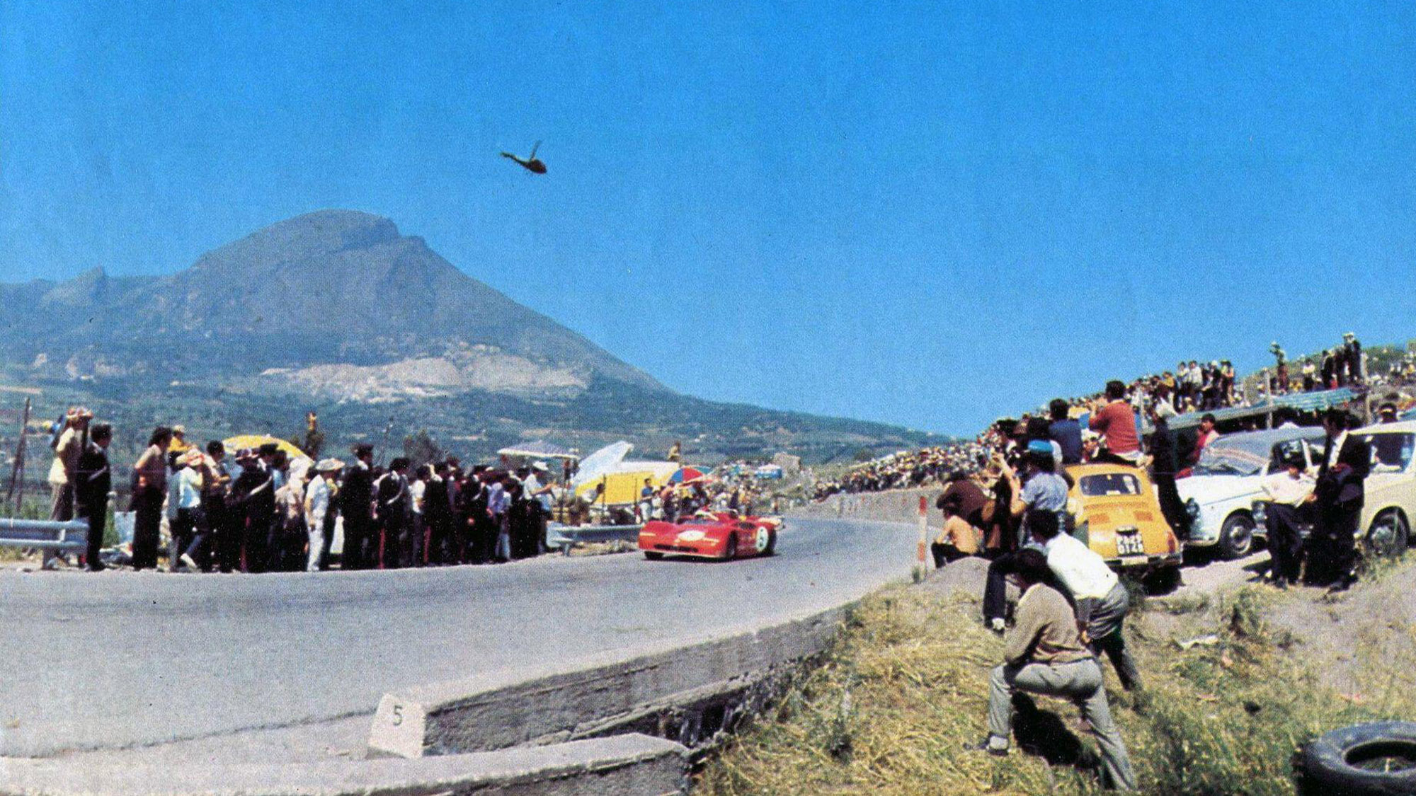 Alfa Romeo 33 of Vaccarella and Hezemans at Targa Florio 1971