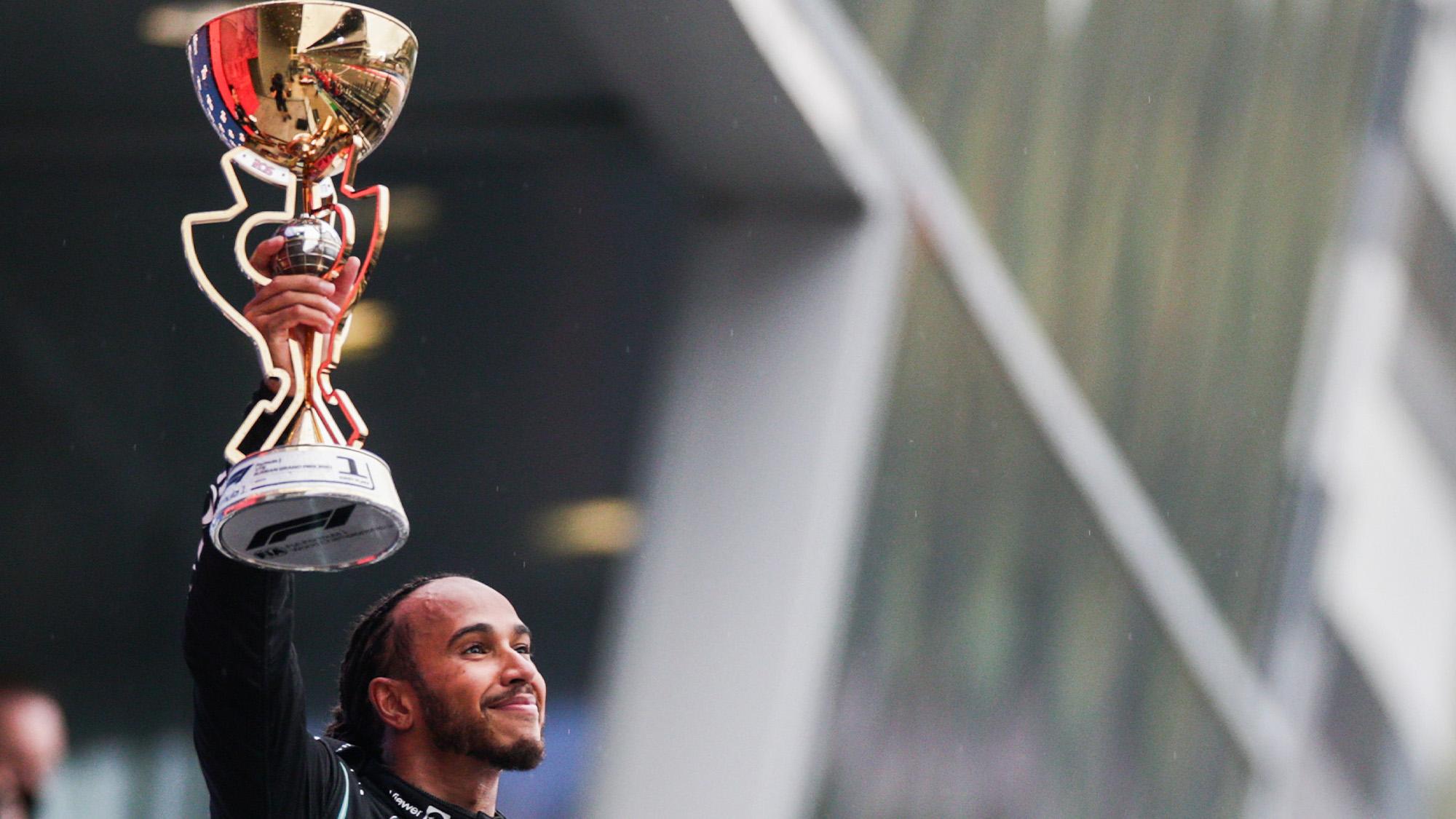 Lewis Hamilton wins Russian GP 2021