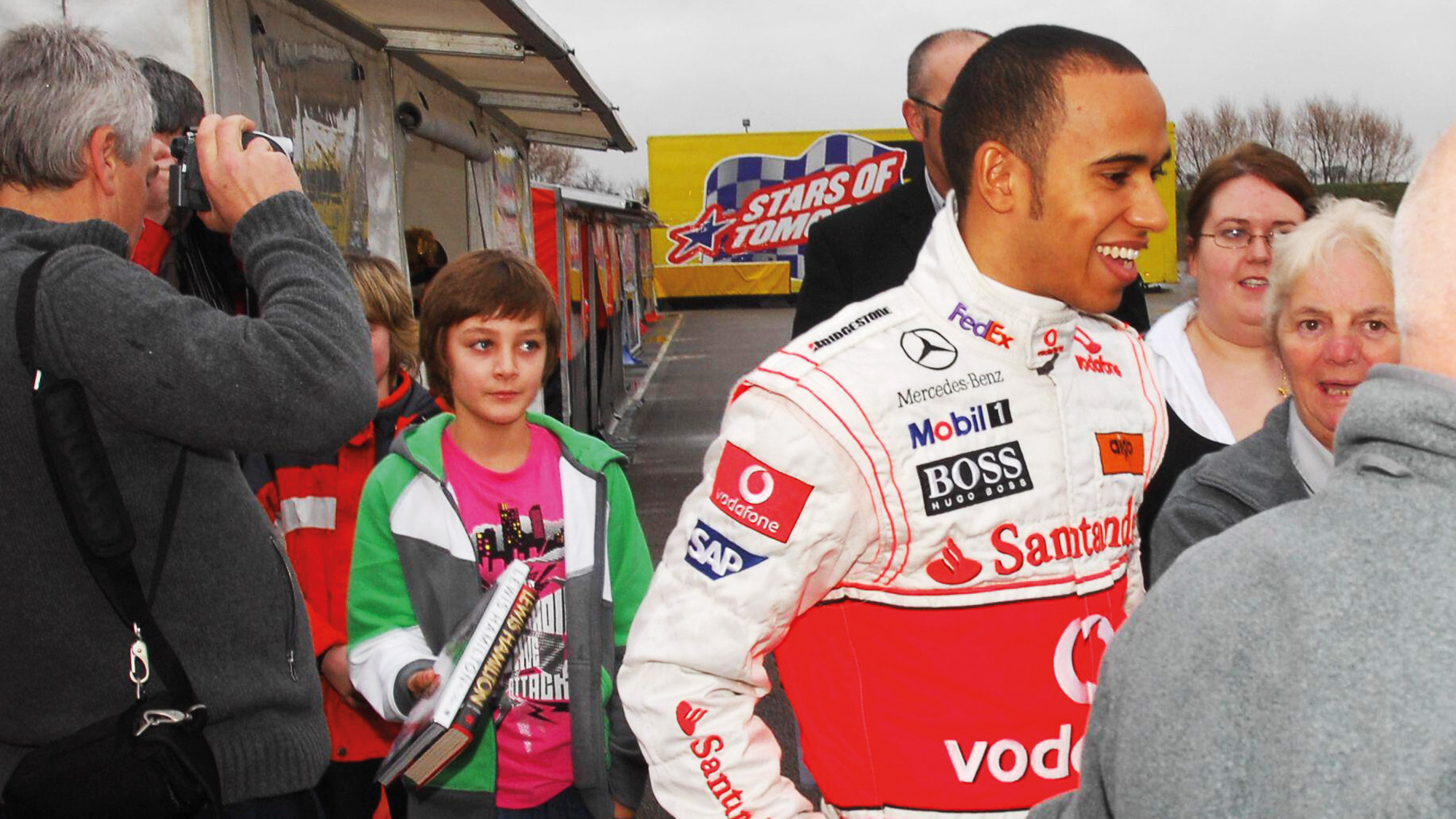 Young George Russell with Lewis Hamilton in 2009