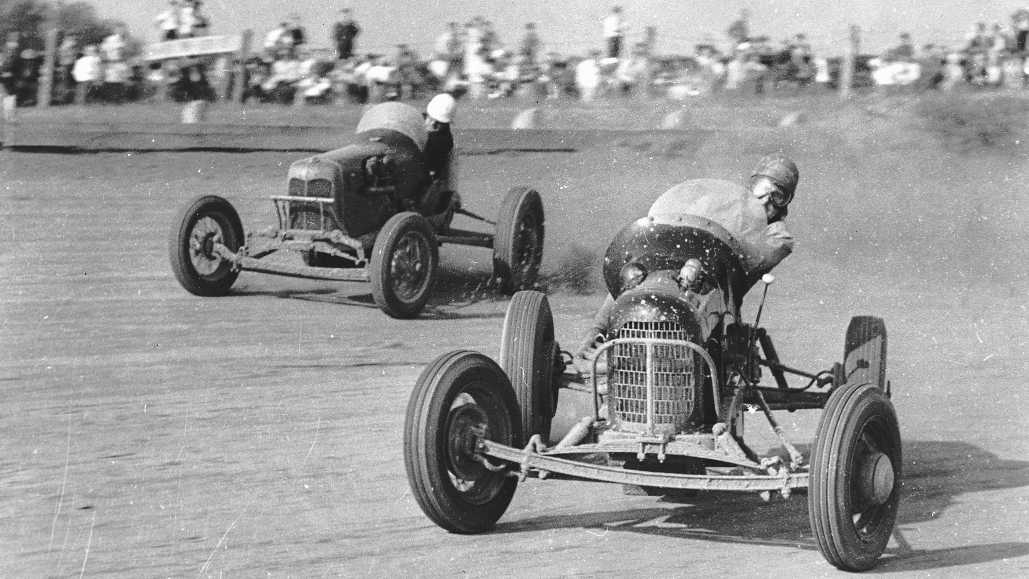 Sprint cars sliding on the Williams Grove Speedway in 1946