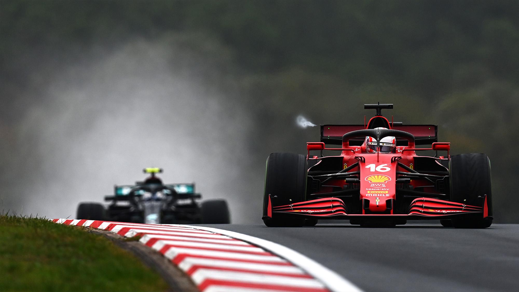Charles Leclerc ahead of Val;tteri Bottas at the 2021 Turkish Grand Prix