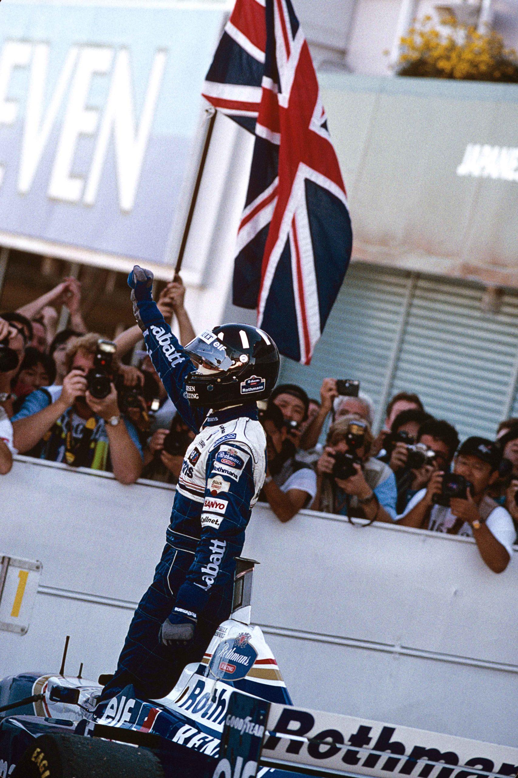 Damon-Hill-celebrates-winning-the-1996-F1-championship-at-Suzuka