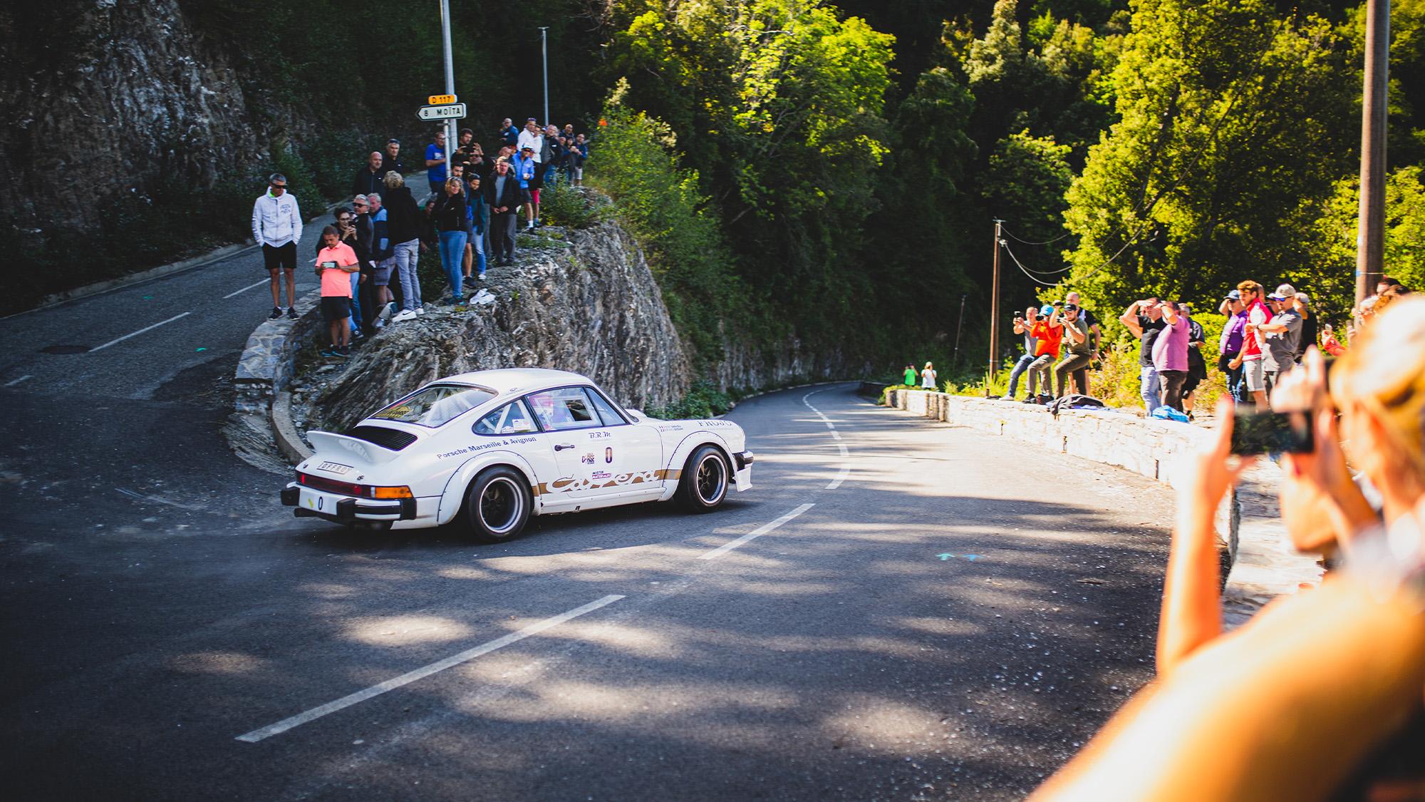 Porsche 911 SC of Bernard Beguin at hairpin
