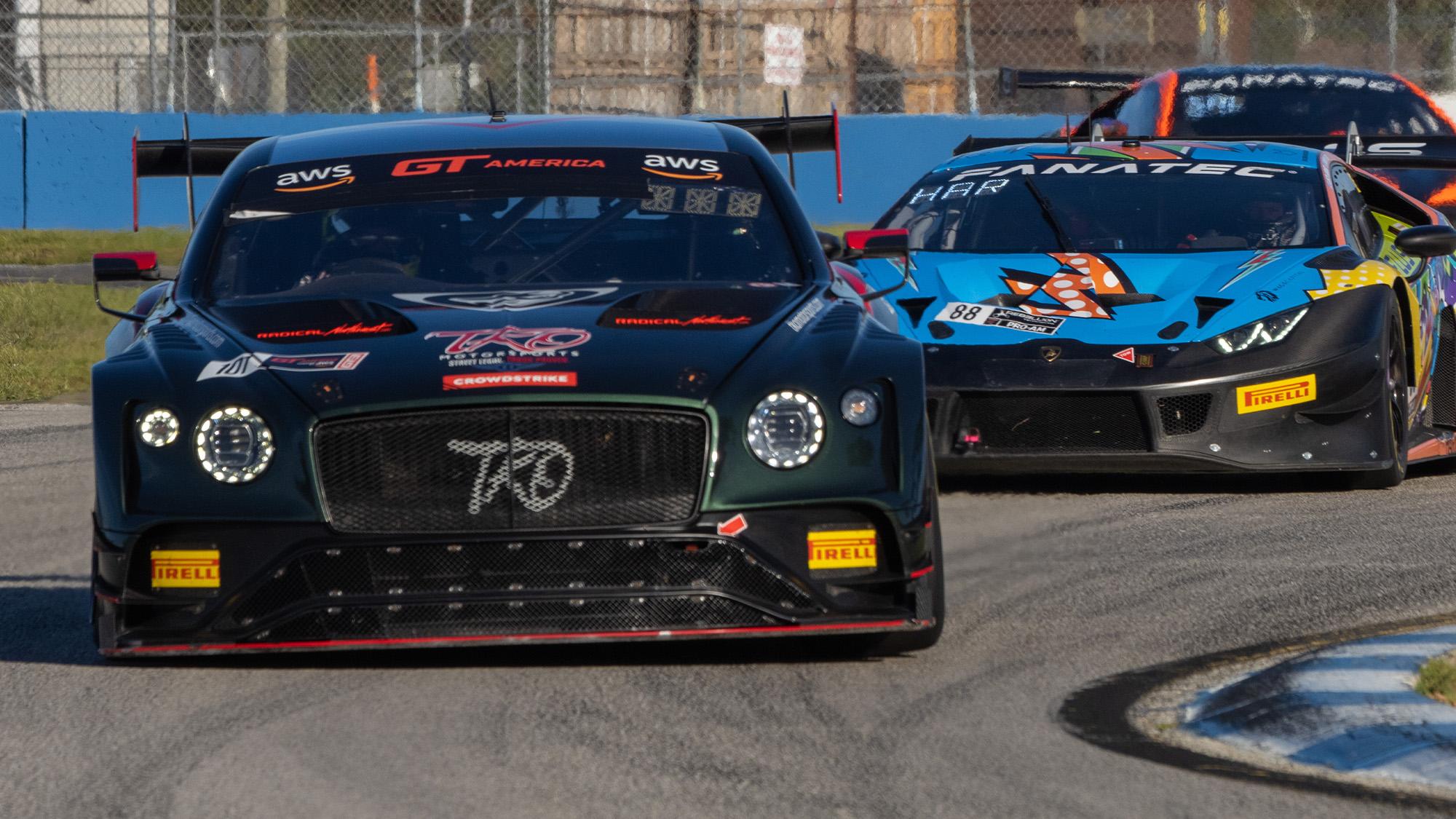 Bentley of Memo Gidley leads at Sebring GT America round
